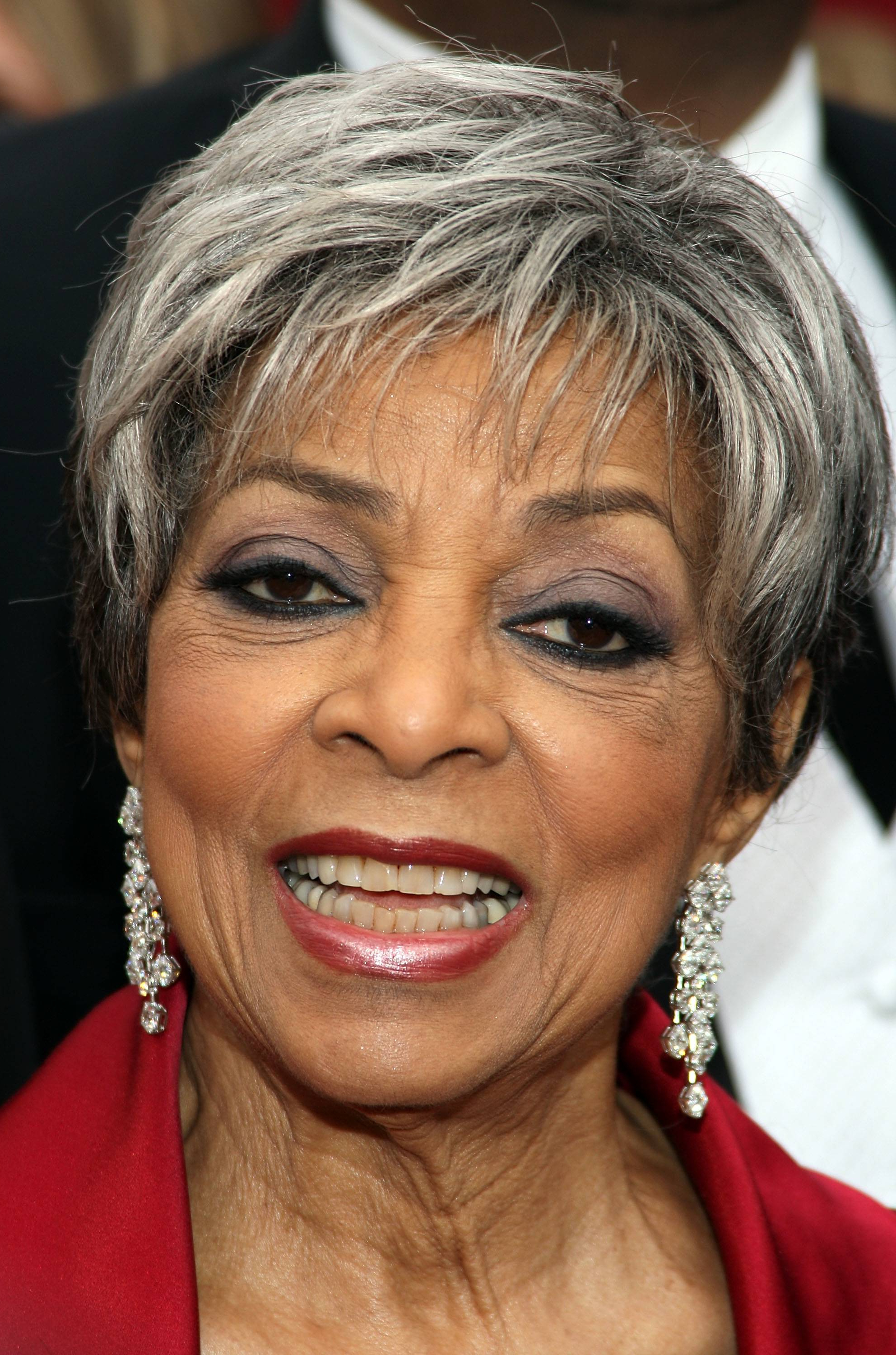 Black Sophisticated Short Hairstyles – Hairstyle For Women & Man For Silver And Sophisticated Hairstyles (View 14 of 20)