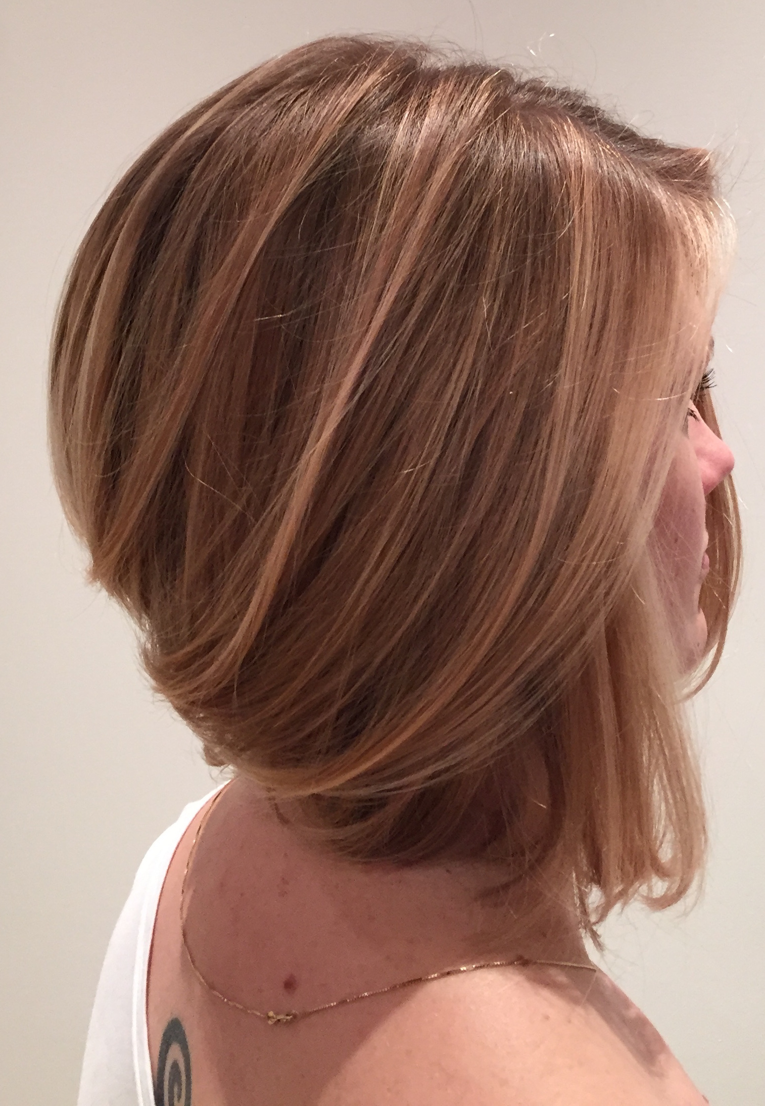Buttery Blonde Graduated Bobmary – Hair & Co Brooklyn With Brown And Blonde Graduated Bob Hairstyles (View 15 of 20)
