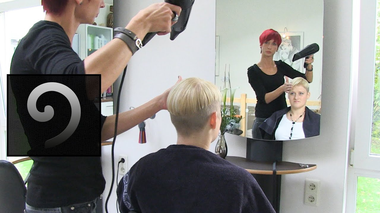 Extreme Bowl Cut Women With Shaved Nape | Blonde Pixie Undercut Inside Pixie Bob Hairstyles With Nape Undercut (View 11 of 20)