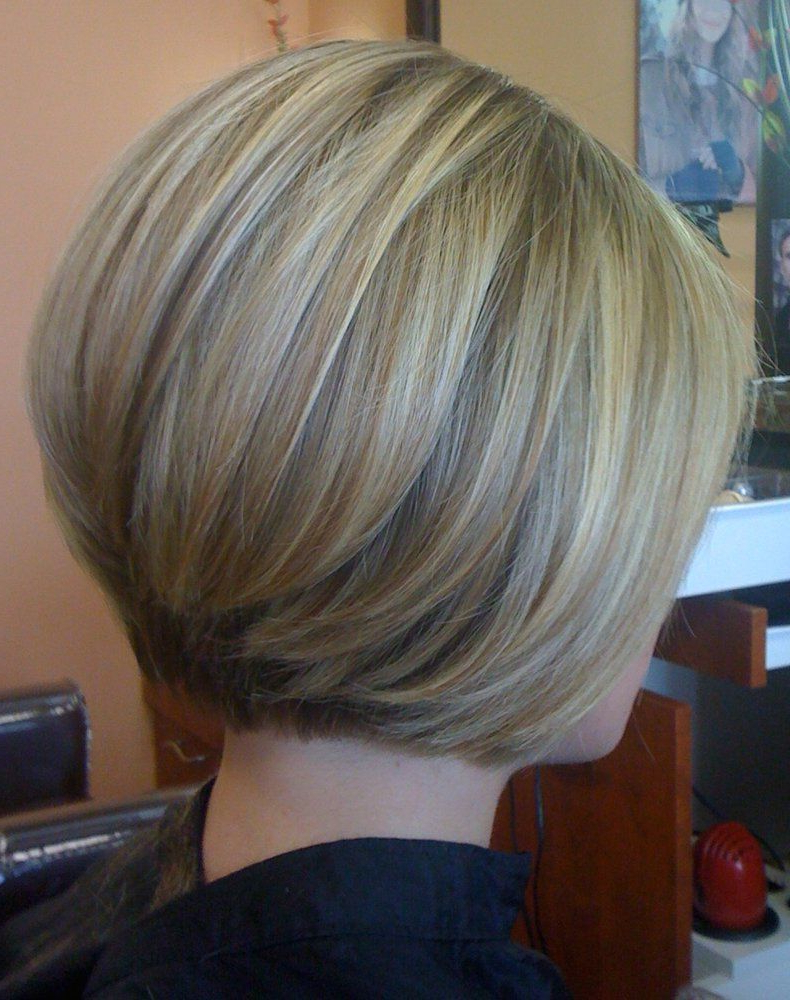 Golden Blonde Highlights On Gray Hair – Google Search | Hairstyles Intended For Gray Bob Hairstyles With Delicate Layers (Gallery 11 of 20)