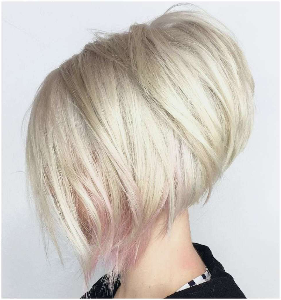 Inspirational 40 Chic Angled Bob Haircuts For Excellent Long Stacked Regarding Classy Slanted Blonde Bob Hairstyles (View 18 of 20)