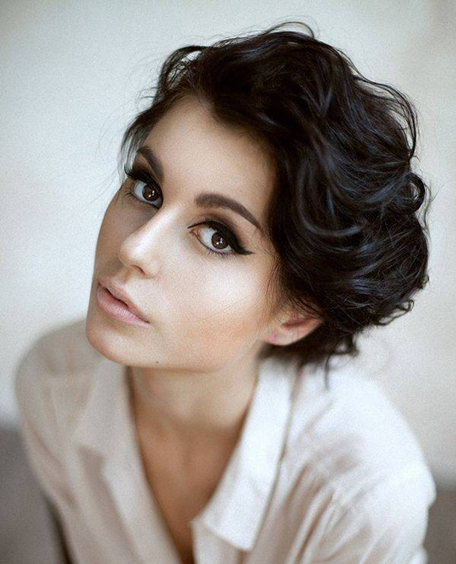 Natural Hairstyles: 16 Short Natural Hairstyles You Will Love To Flaunt With Regard To Feminine Shorter Hairstyles For Curly Hair (View 14 of 20)