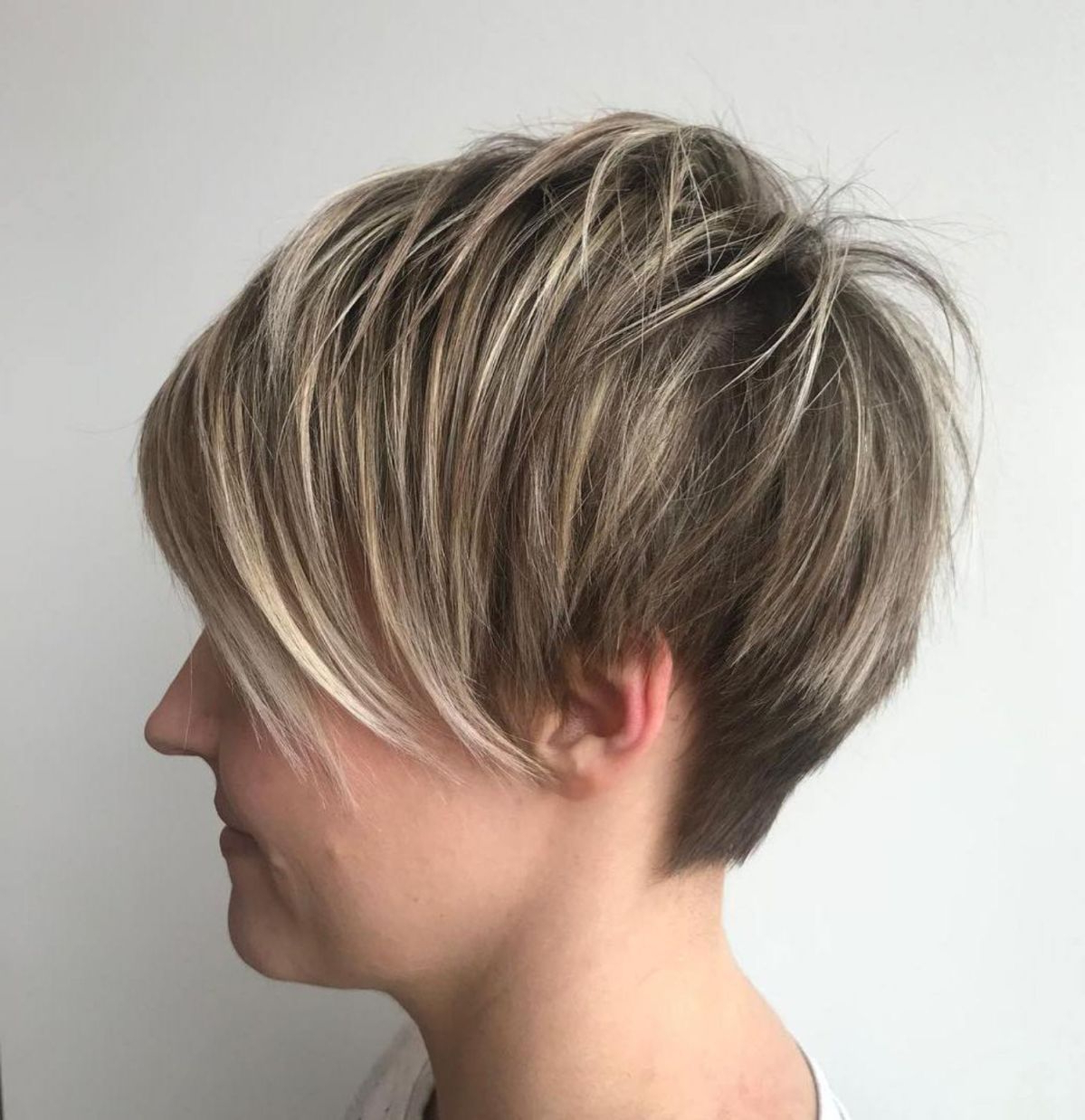 Pixie Haircuts With Bangs – 50 Terrific Tapers In 2018 | Best | Hair For Textured Pixie Hairstyles With Highlights (View 4 of 20)