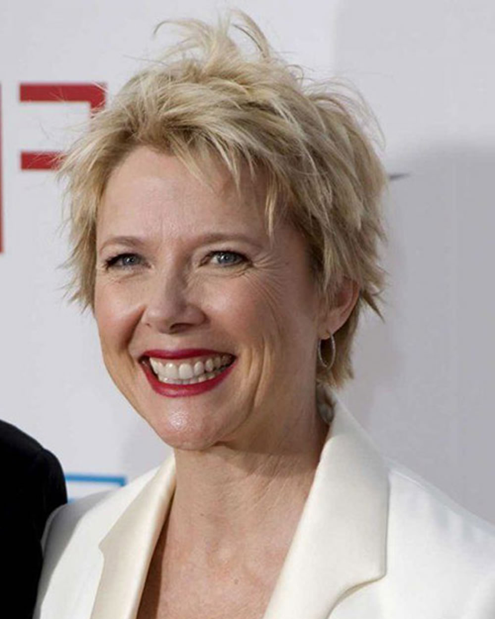 Pixie Short Haircuts For Older Women Over 50 & 2018 2019 Short In Chic Blonde Pixie Bob Hairstyles For Women Over (View 18 of 20)