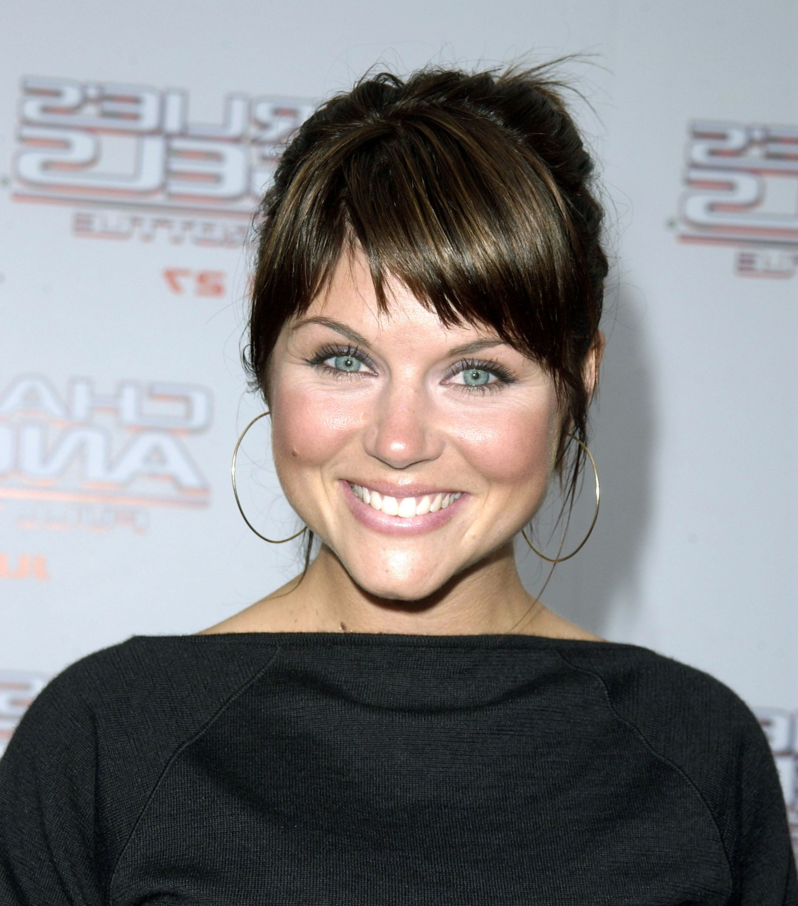 Tiffani Amber Thiessen – Cute Choppy Side Bangs (View 20 of 20)