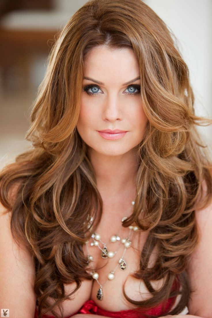 Top 50 Beautiful Wavy Long Hairstyles To Inspire You In 2018 Throughout Gorgeous Feathered Look Hairstyles (View 19 of 20)