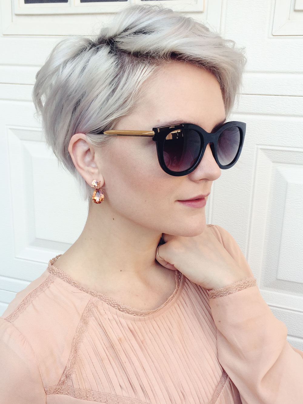 Winter Fit: Extravagant Silver Pixie Haircuts | Hairdrome For Silver Pixie Hairstyles For Fine Hair (View 19 of 20)