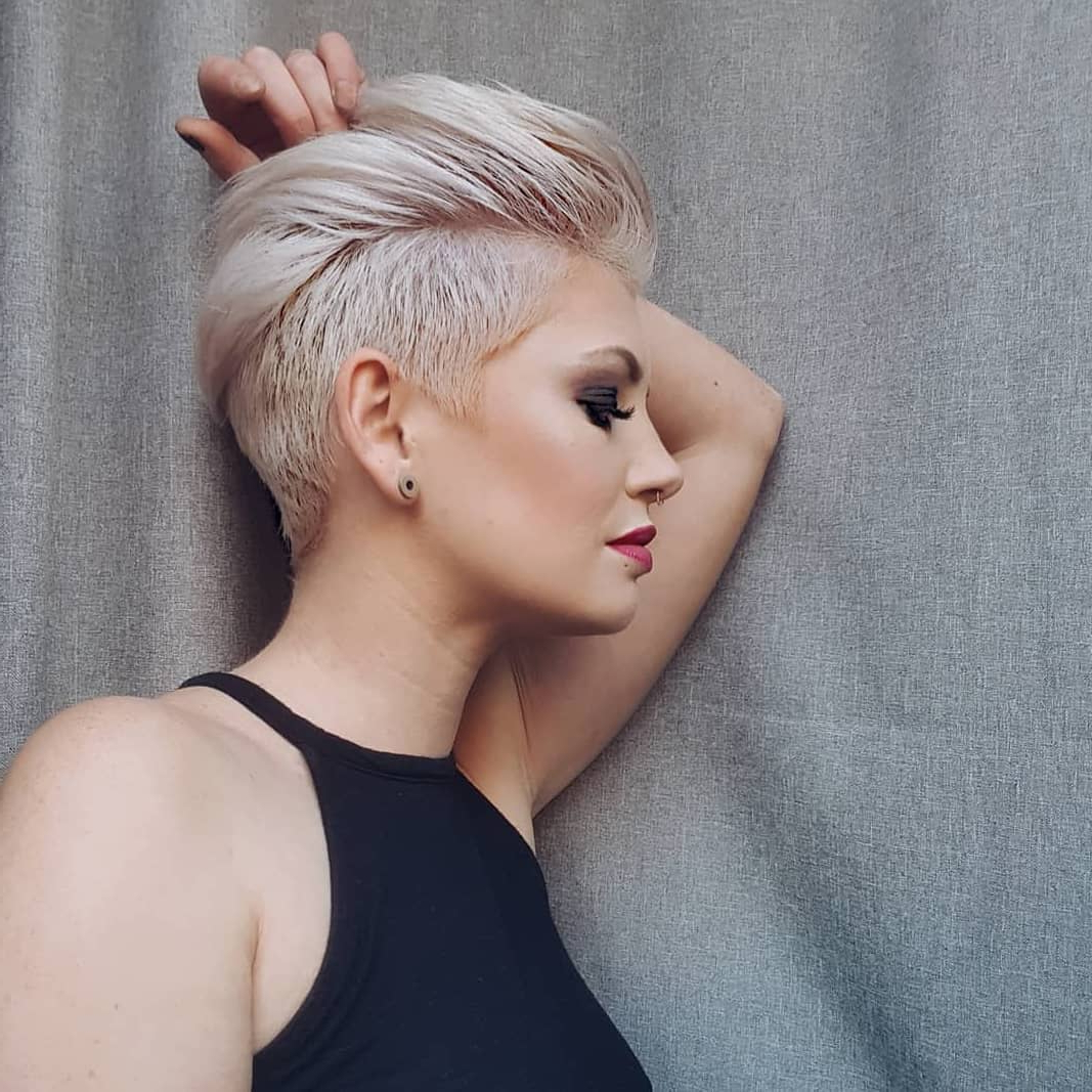 10 Edgy Pixie Haircuts For Women, Best Short Hairstyles 2019 In 2018 Asymmetrical Pixie Faux Hawk Hairstyles (View 12 of 20)