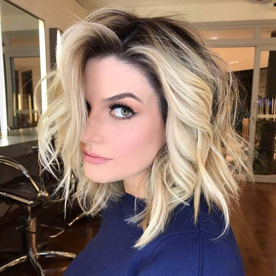 10 Latest Medium Wavy Hair Styles For Women: Shoulder Length Inside Preferred Medium Haircuts For Wavy Hair (View 2 of 20)