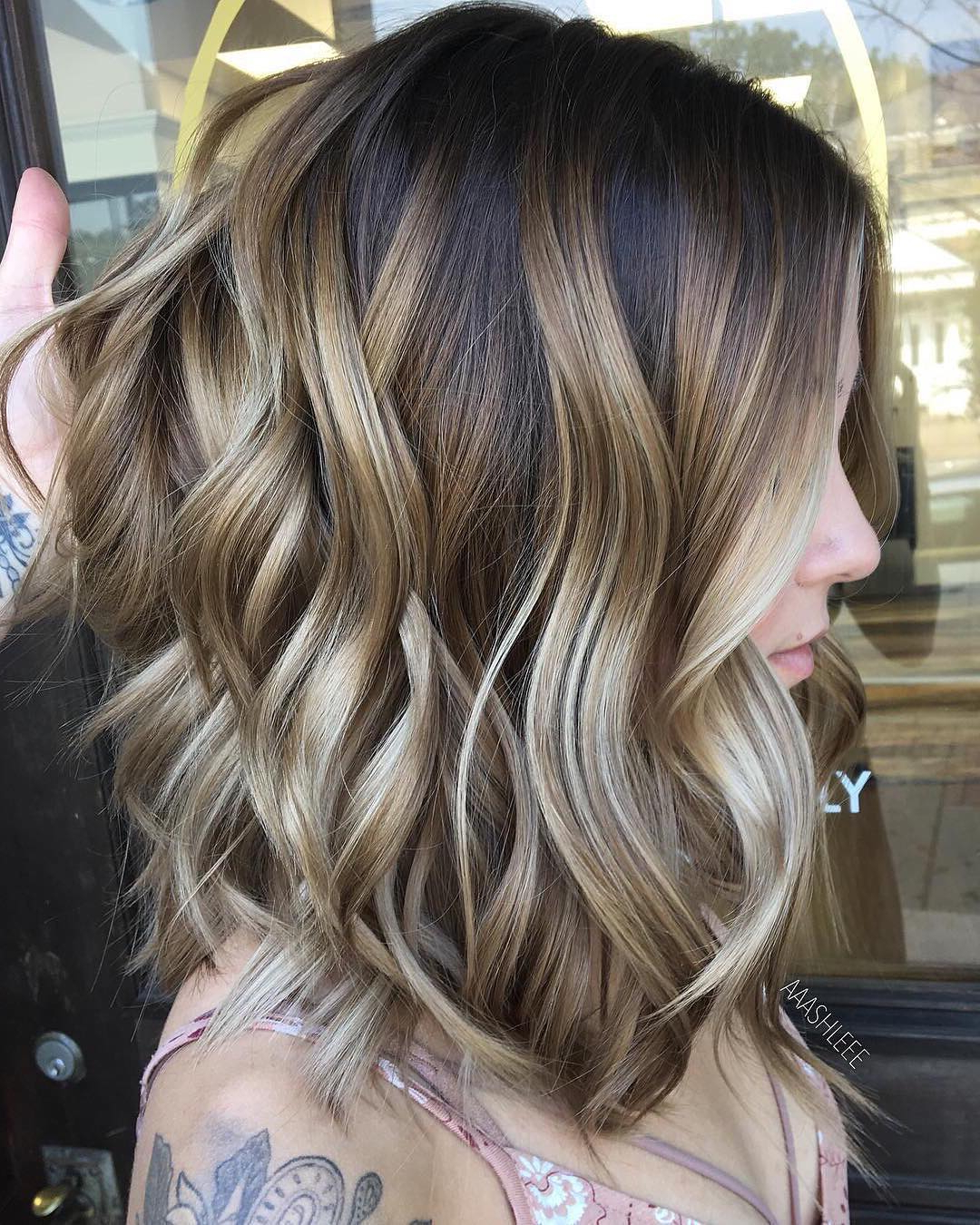 10 Ombre Balayage Hairstyles For Medium Length Hair, Hair Color 2019 With Trendy Two Tier Caramel Blonde Lob Hairstyles (View 7 of 20)