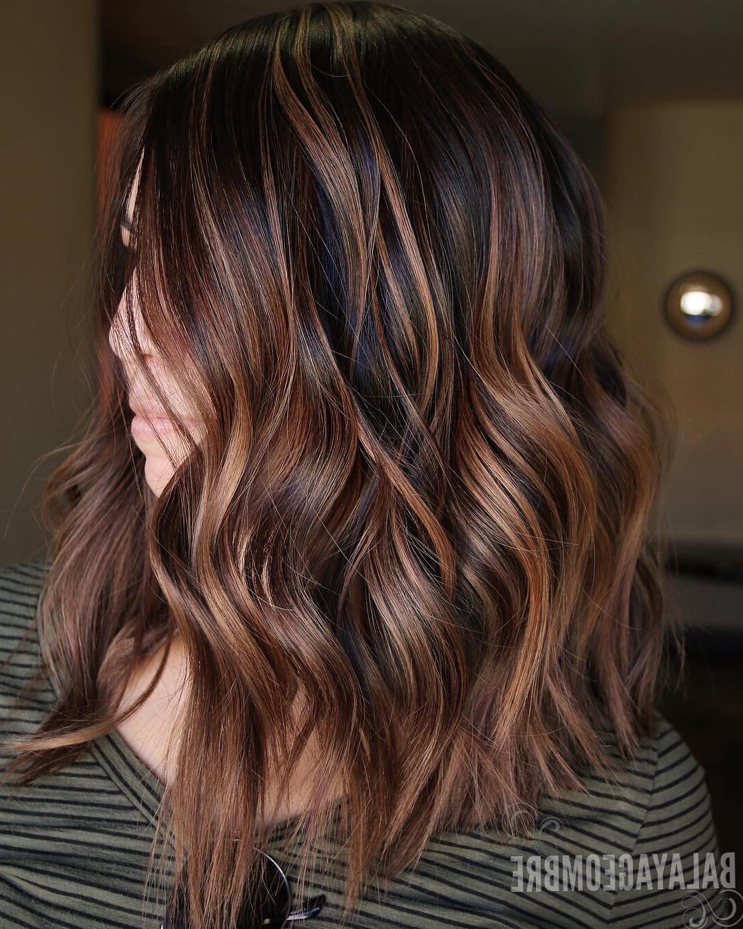 10 Trendy Brown Balayage Hairstyles For Medium Length Hair 2019 In Favorite Medium Hairstyles With Red Highlights (View 3 of 20)