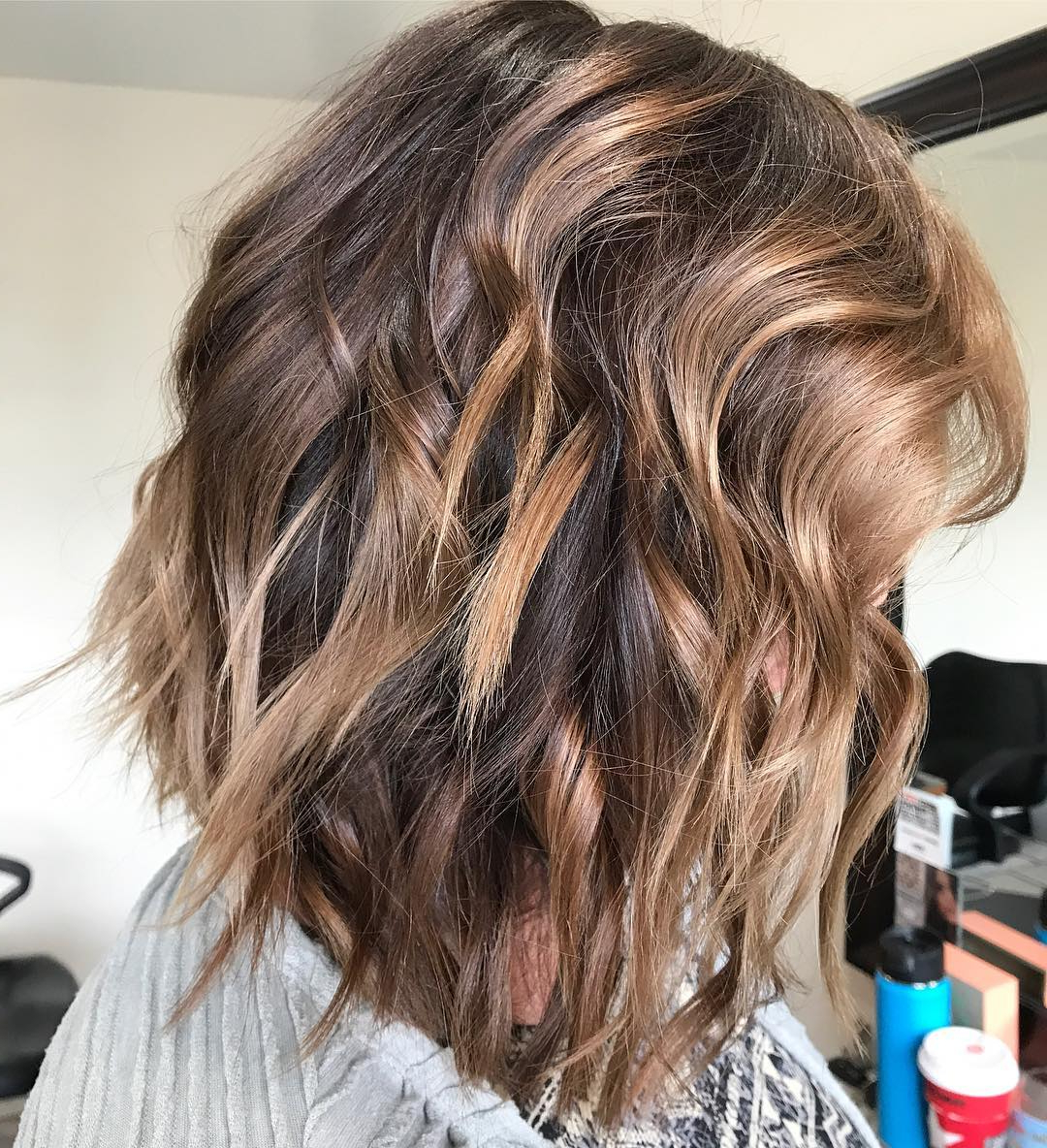 10 Wavy Shoulder Length Hairstyles 2019 Regarding Well Liked Messy Medium Haircuts For Women (View 3 of 20)