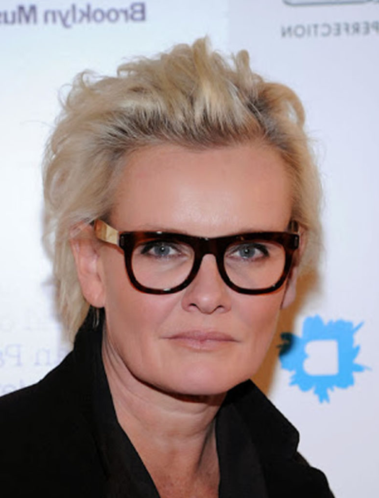15 Hairstyles For Women Over 50 With Glasses – Haircuts & Hairstyles Inside Famous Medium Hairstyles For Women With Glasses (View 1 of 20)