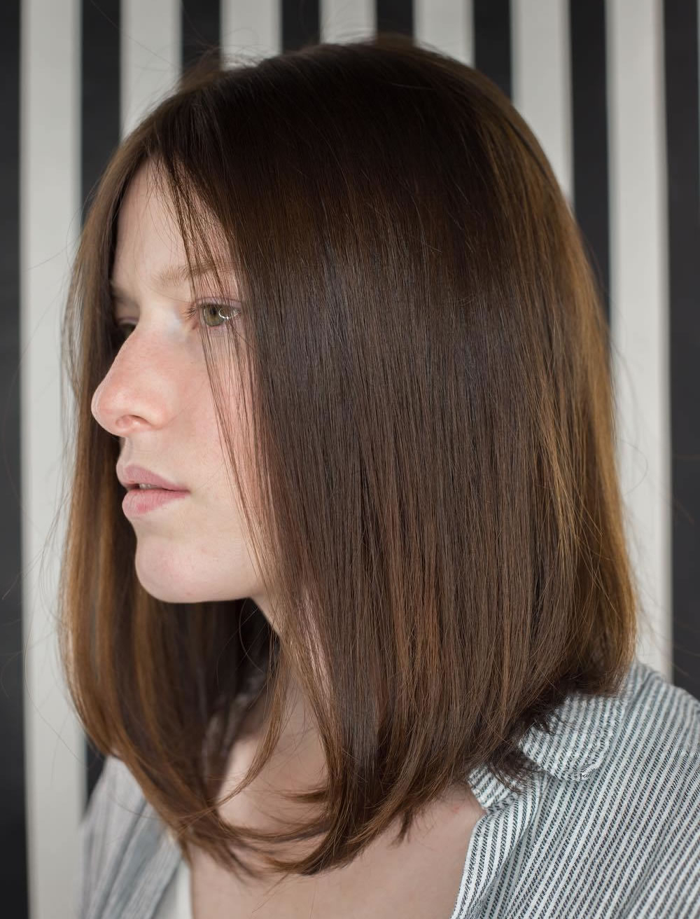 16 Cool Medium Hairstyles And Shoulder Length Haircuts Thin Hair For Latest Medium To Medium Hairstyles For Thin Hair (View 8 of 20)
