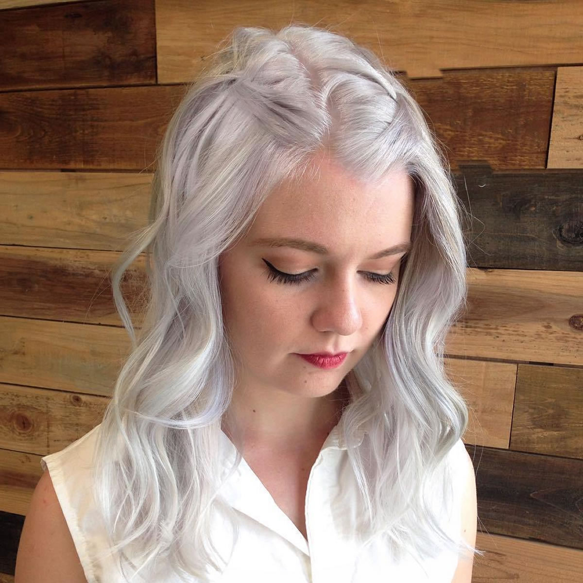 16 Cool Medium Hairstyles And Shoulder Length Haircuts Thin Hair For Newest Gray Medium Hairstyles (View 4 of 20)