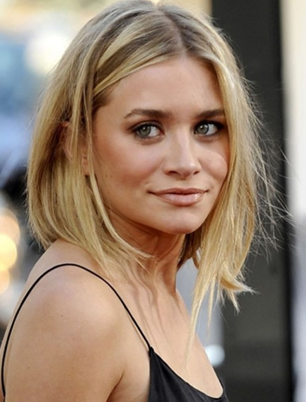 16 Cool Medium Hairstyles And Shoulder Length Haircuts Thin Hair For Trendy Medium Haircuts For Fine Hair (View 1 of 20)