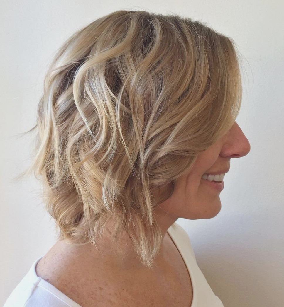 16 Darn Cool Medium Length Hairstyles For Thin Hair – Womens Medium Pertaining To Well Known Medium To Medium Hairstyles For Thin Hair (Gallery 16 of 20)