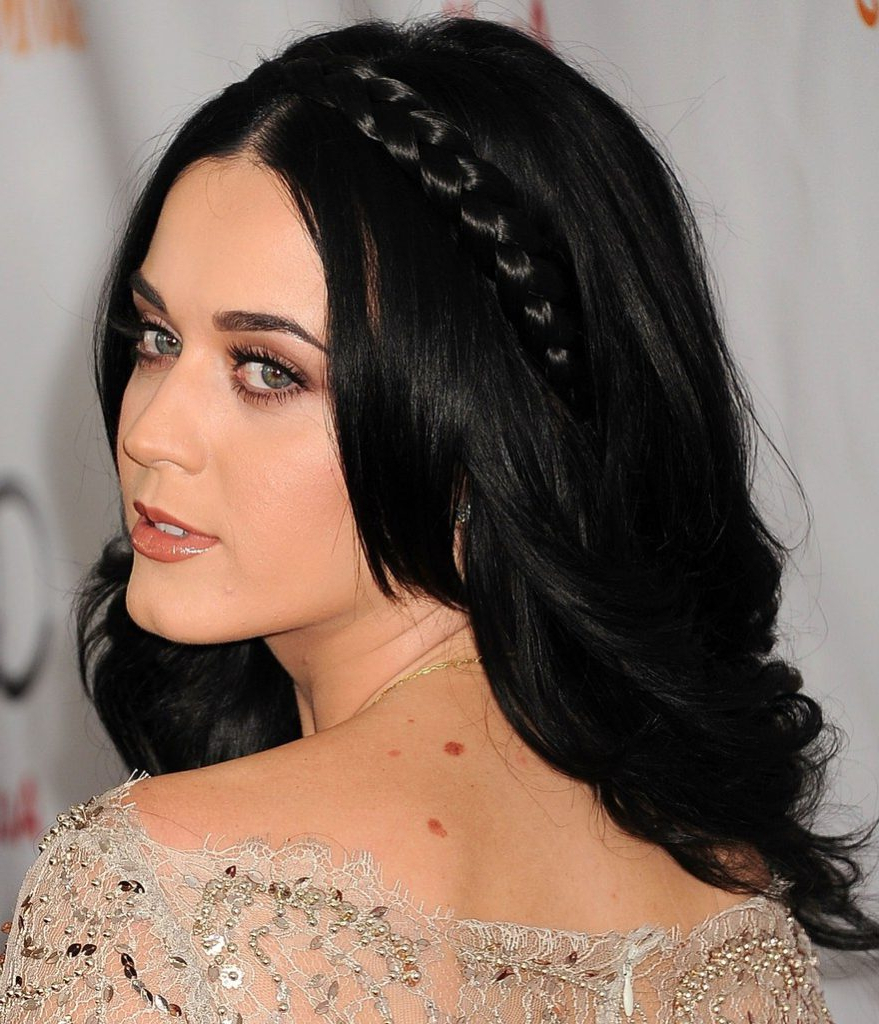18 Katy Perry Hairstyles Inspiration To Copy This Year – Haircuts Regarding 2018 Katy Perry Medium Hairstyles (View 1 of 20)