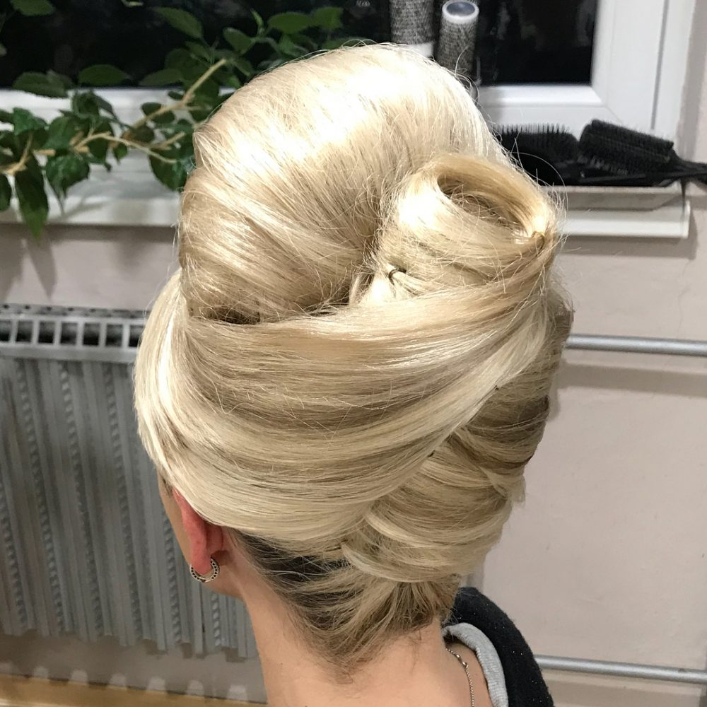 20 Foxy '60S Hairstyles That You Can Wear In 2019 Intended For Recent 1960S Medium Hairstyles (View 4 of 20)