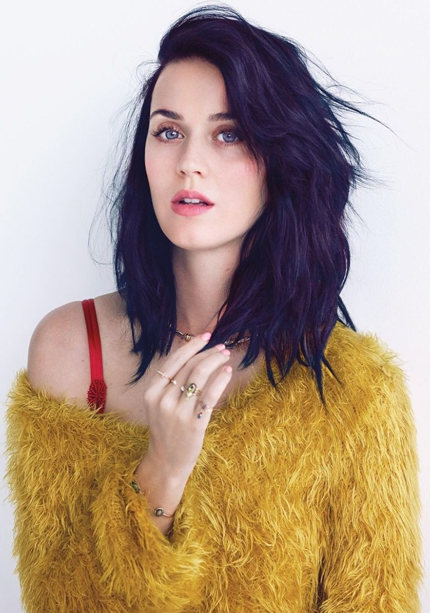 2017 Katy Perry Medium Hairstyles For Katy Perry (View 2 of 20)