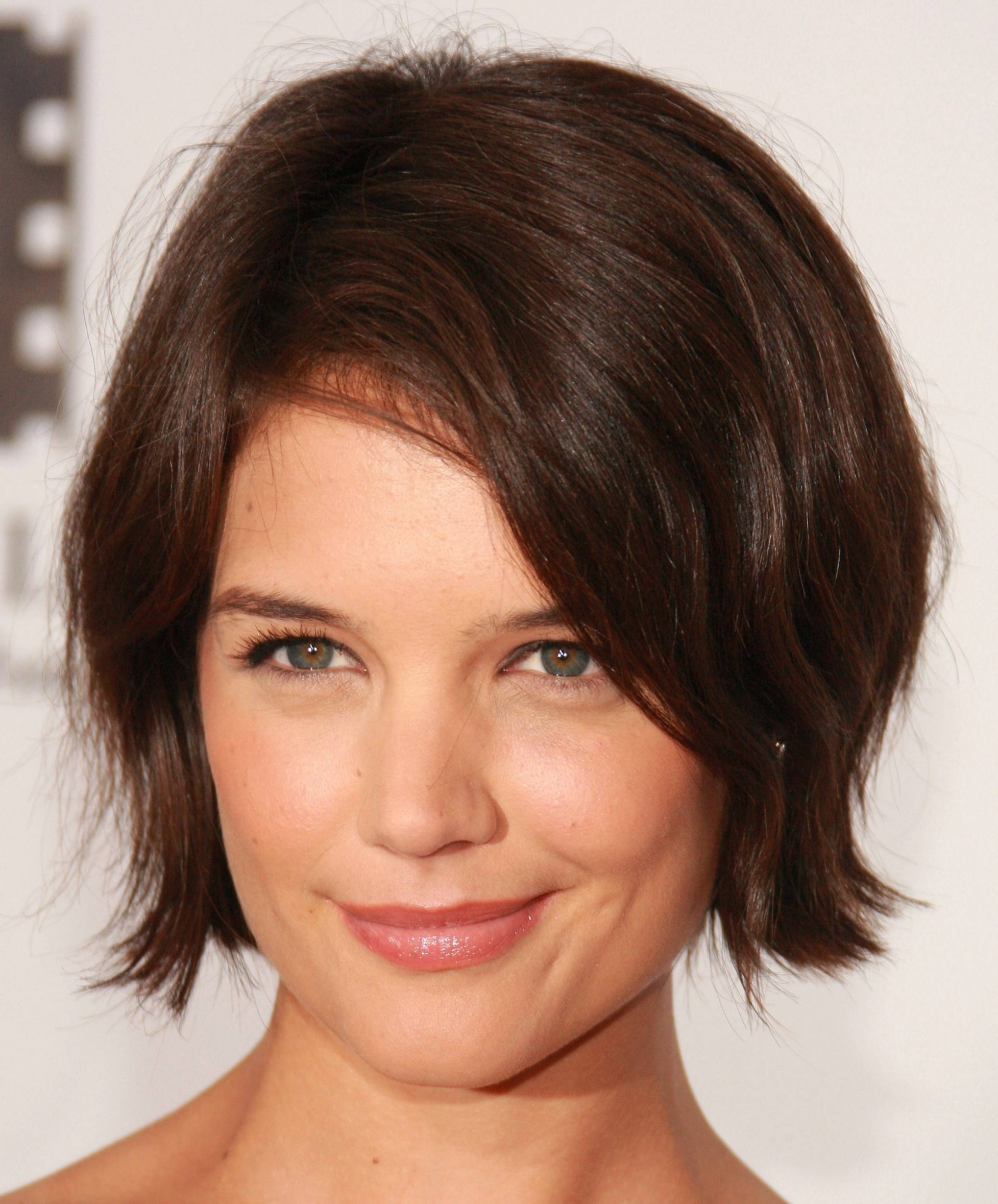 20 Inspirations of Medium Hairstyles For Round Fat Faces