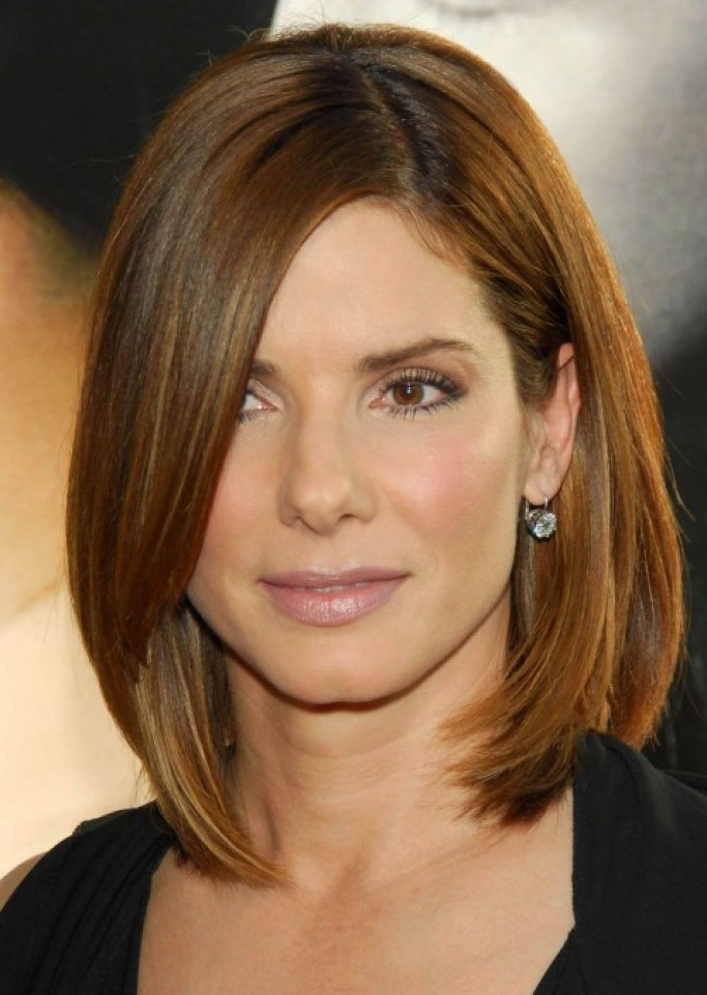 2017 Stylish Medium Haircuts For Women Over 40 Intended For Hairstyles For Short To Medium Length Hair That You Should Try (View 6 of 20)