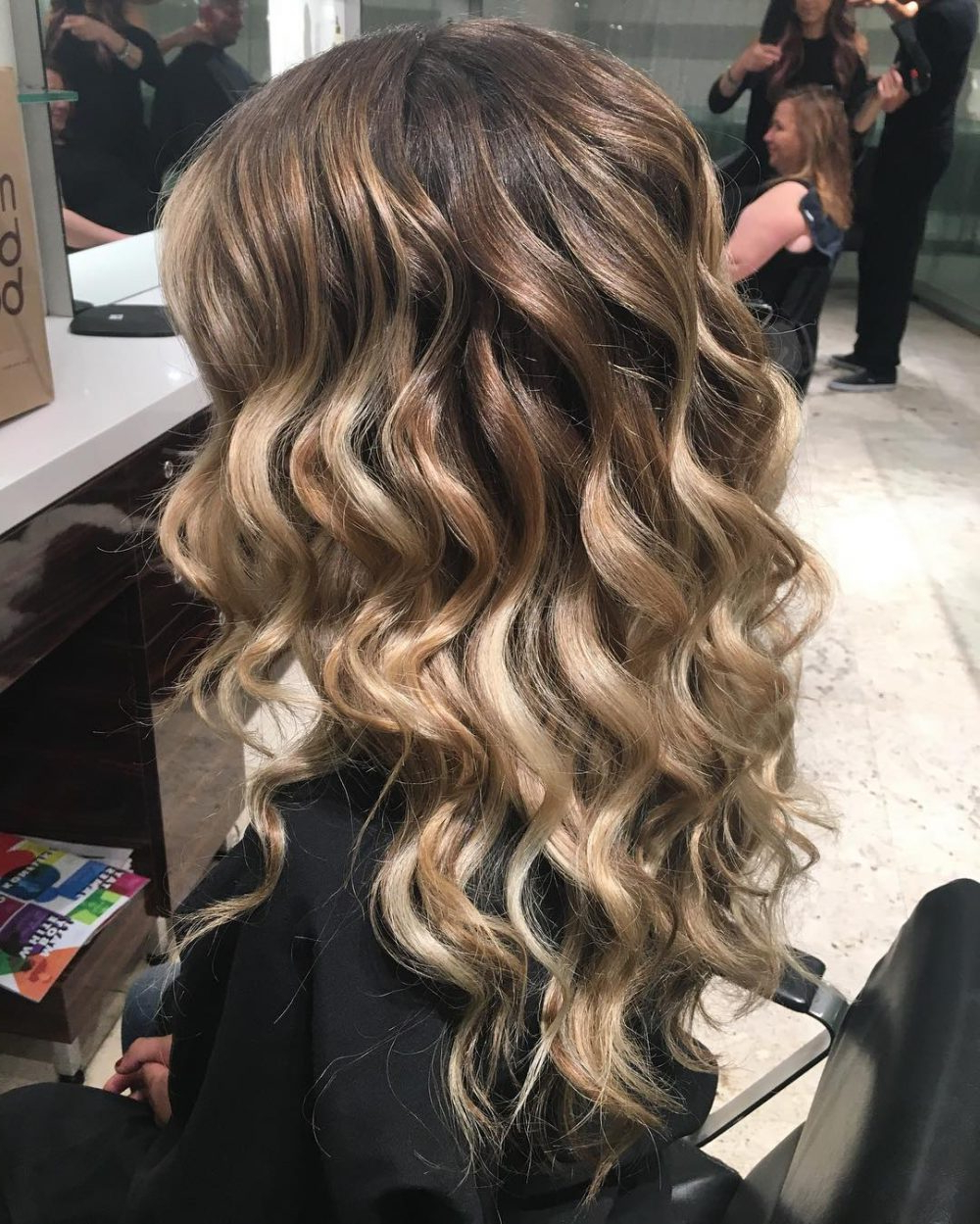 2018 Curly Medium Hairstyles For Prom Intended For Curly Hairstyles For Prom (View 2 of 20)
