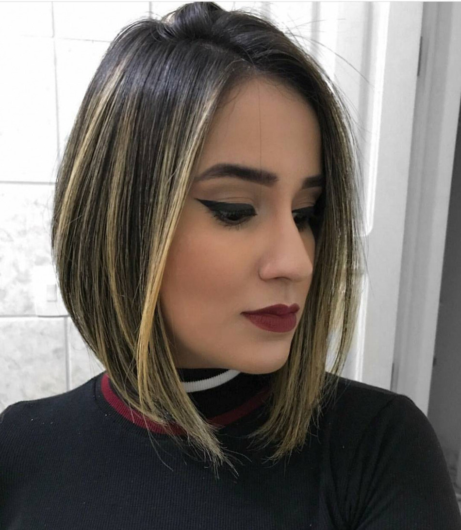 2018 Easy Care Medium Haircuts Throughout 10 Stylish Medium Bob Haircuts For Women – Easy Care Chic Bob Hair (View 3 of 20)