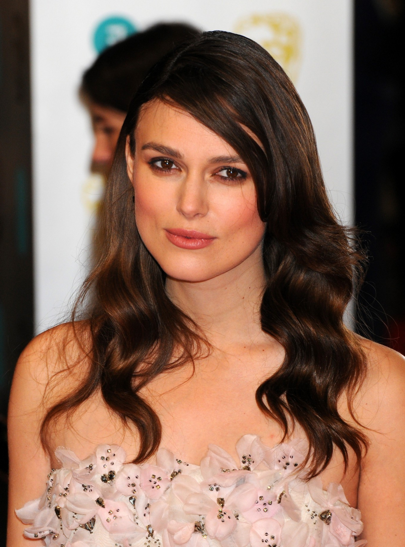 2018 Keira Knightley Medium Hairstyles In Recreate Rita Ora, Keira Knightley And Natalie Dormer's Red Carpet (View 1 of 20)