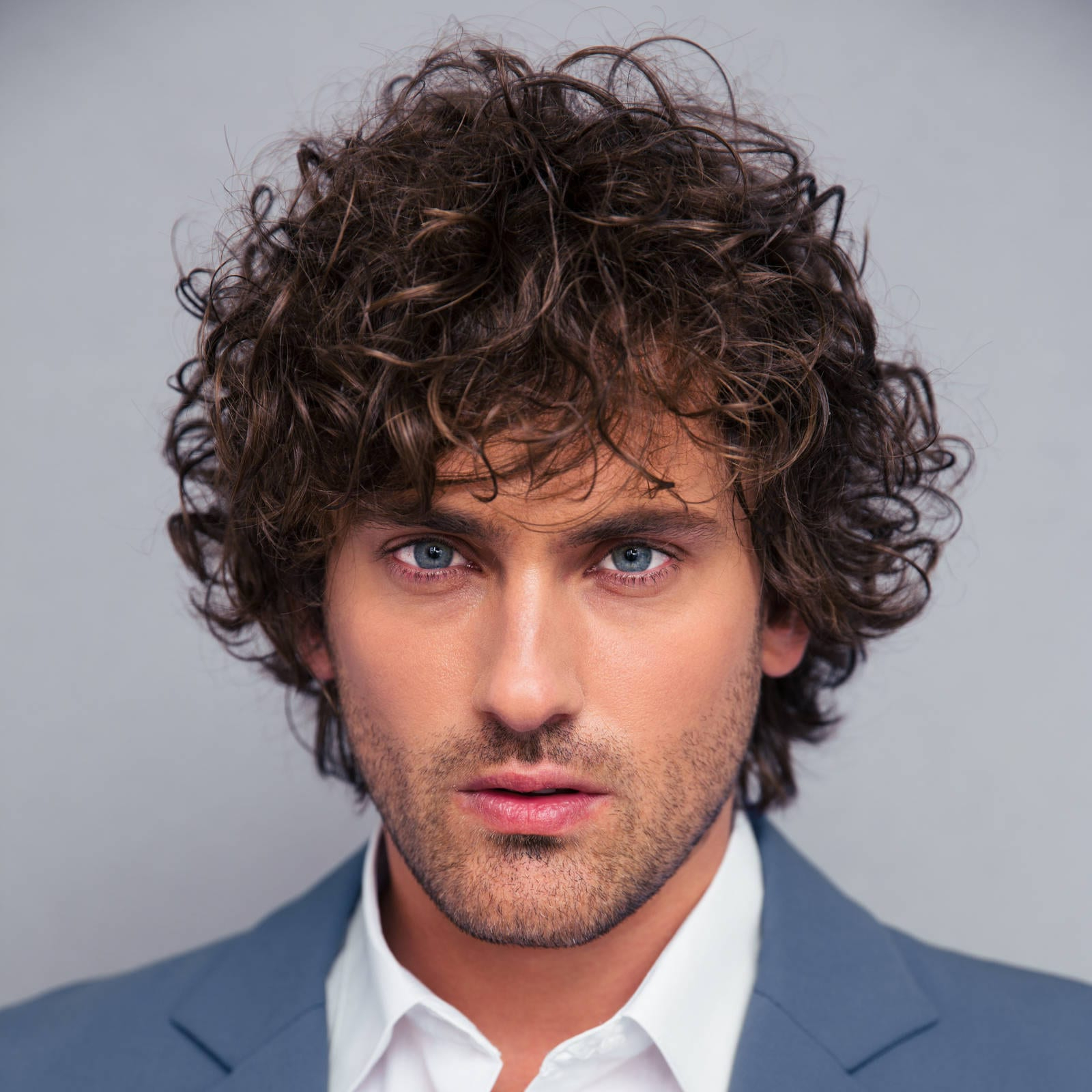 2018 Medium Hairstyles For Very Curly Hair In 40 Modern Men's Hairstyles For Curly Hair (That Will Change Your Look) (View 1 of 20)