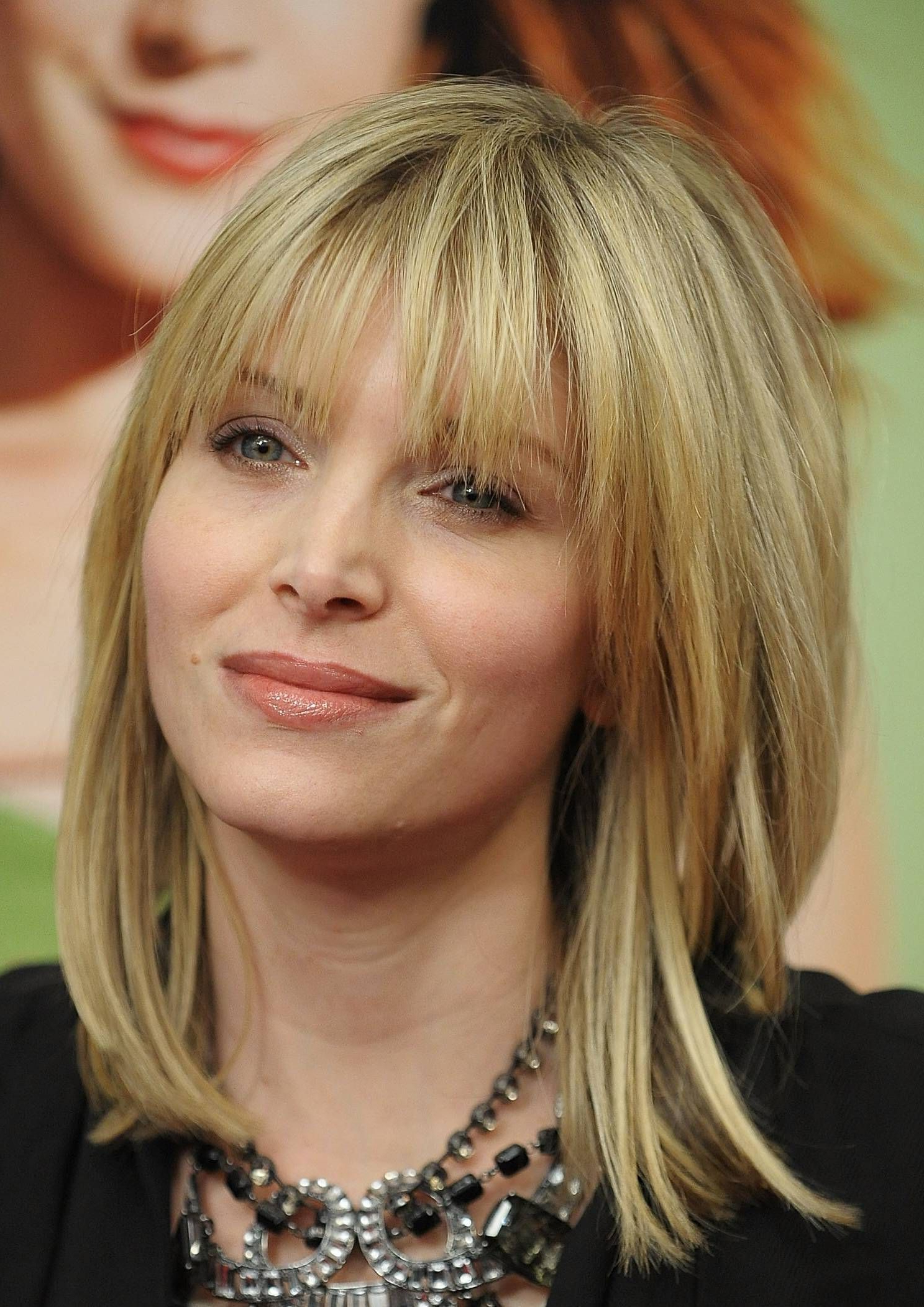 2018 Medium Hairstyles For Women With Bangs For 35 Flattering Hairstyles For Round Faces (View 4 of 20)