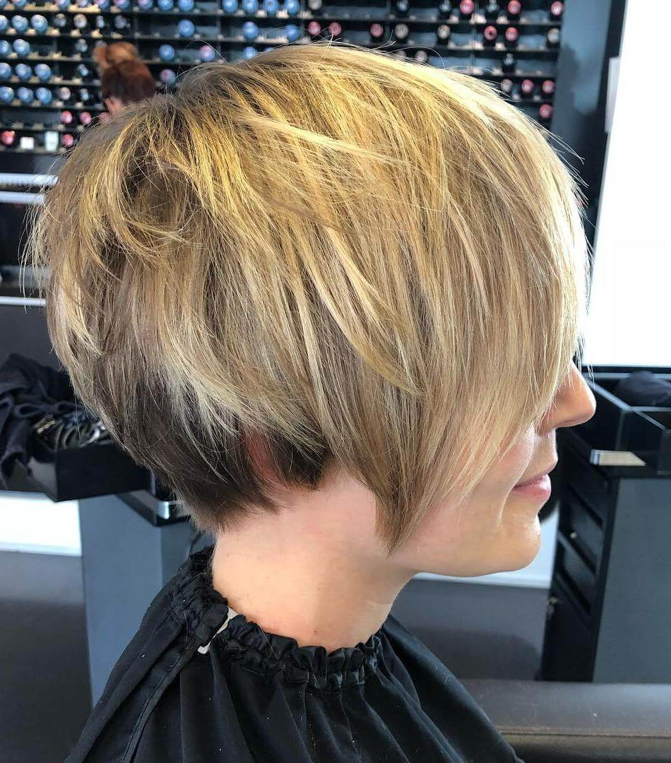 21 Most Exclusive Wedge Haircuts For Women – Haircuts & Hairstyles 2019 Pertaining To Trendy Wedge Medium Haircuts (View 2 of 20)