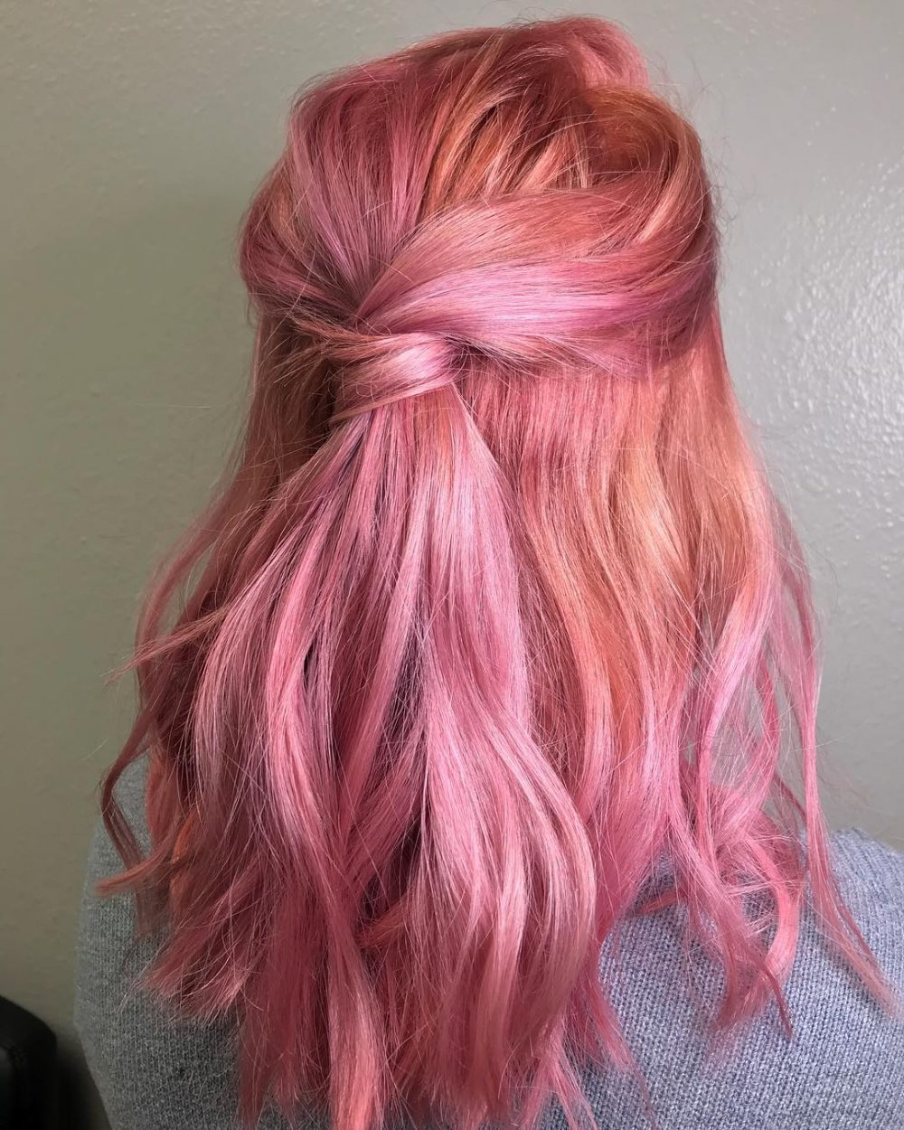 28 Cute Hairstyles For Medium Length Hair (Popular For 2019) With Regard To Widely Used Pink Medium Haircuts (View 8 of 20)
