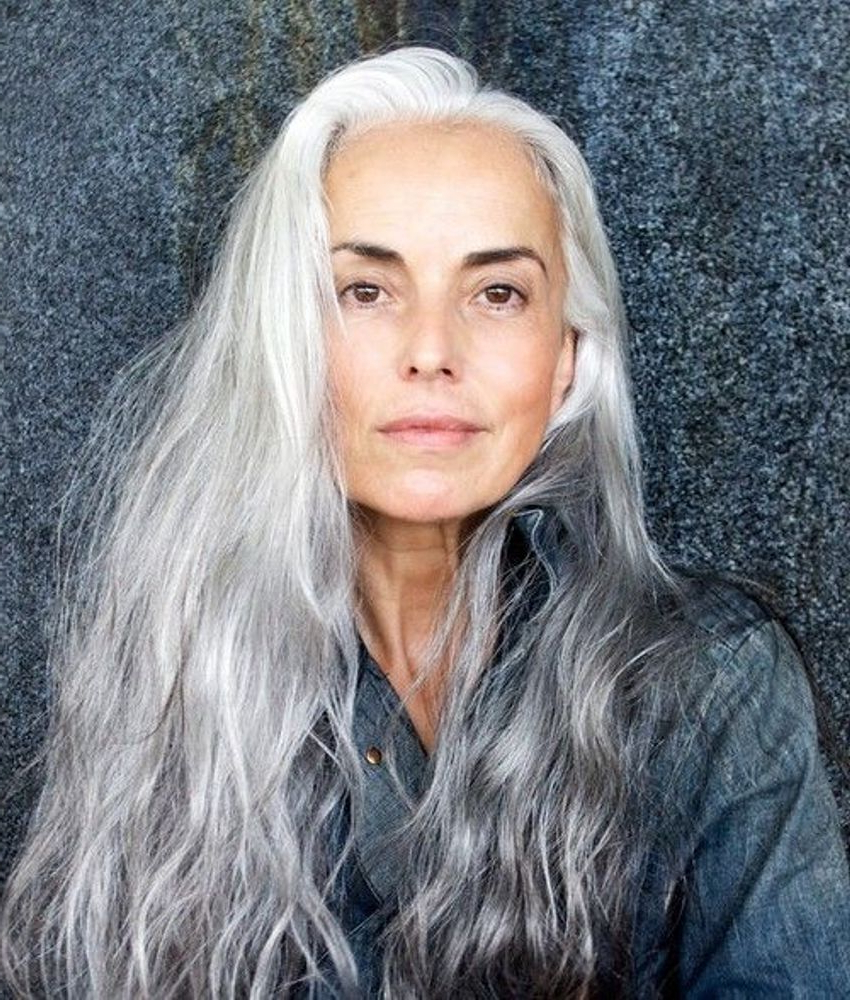 30 Stylish Gray Hair Styles For Short And Long Hair With Regard To Favorite Medium Haircuts With Gray Hair (Gallery 11 of 20)