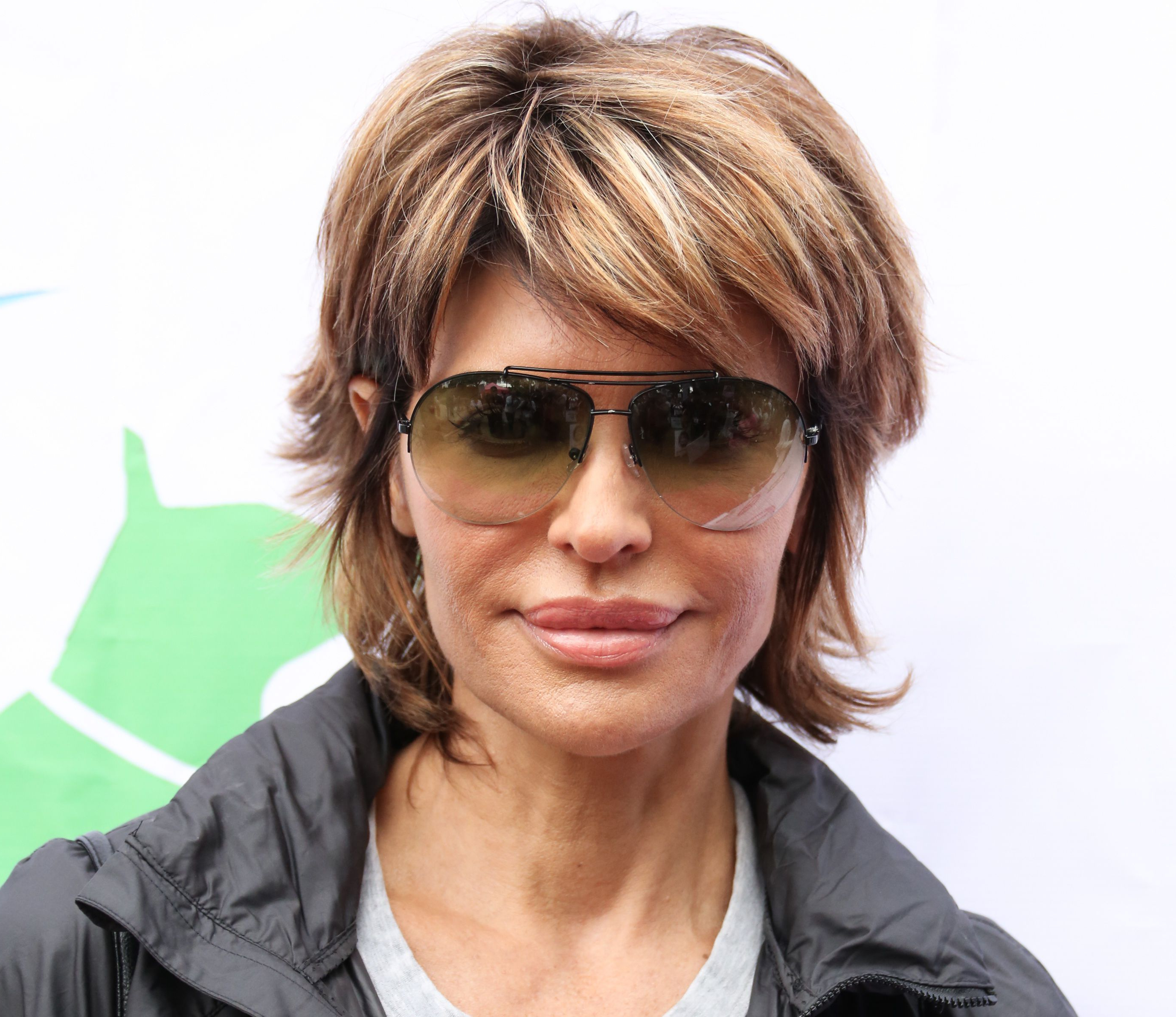 34 Gorgeous Short Haircuts For Women Over 50 With Favorite Medium Hairstyles For Ladies With Glasses (Gallery 14 of 20)