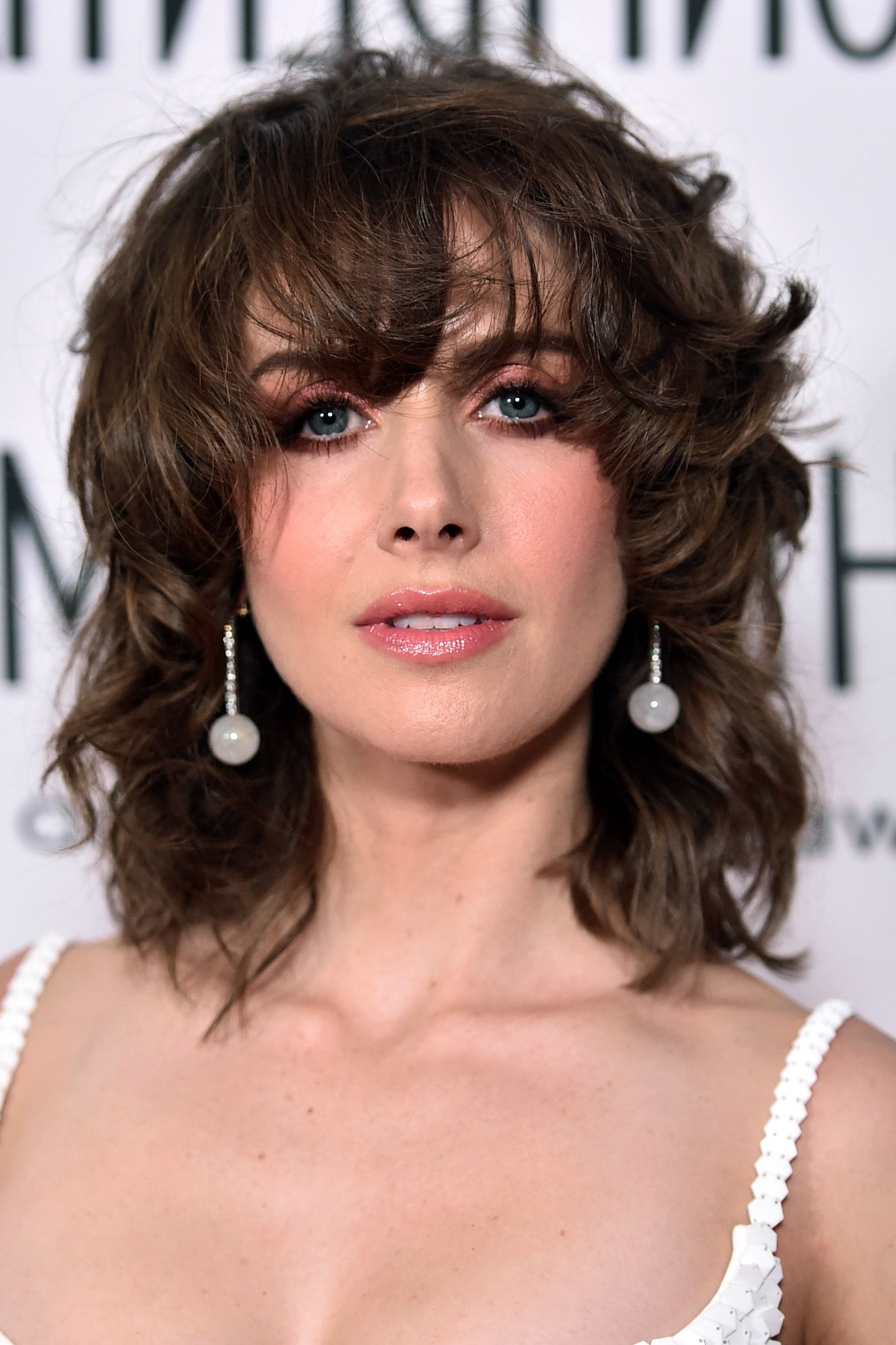 35 Best Hairstyles With Bangs – Photos Of Celebrity Haircuts With Bangs With Regard To Most Recently Released Voluminous Wavy Layered Hairstyles With Bangs (Gallery 15 of 20)
