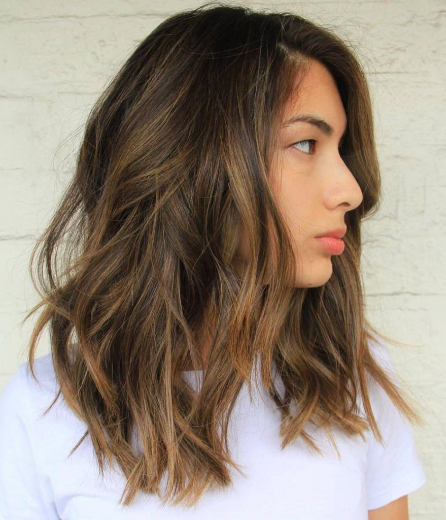 40 Amazing Medium Length Hairstyles & Shoulder Length Haircuts 2019 Intended For Favorite Medium Hairstyles And Colors (View 3 of 20)