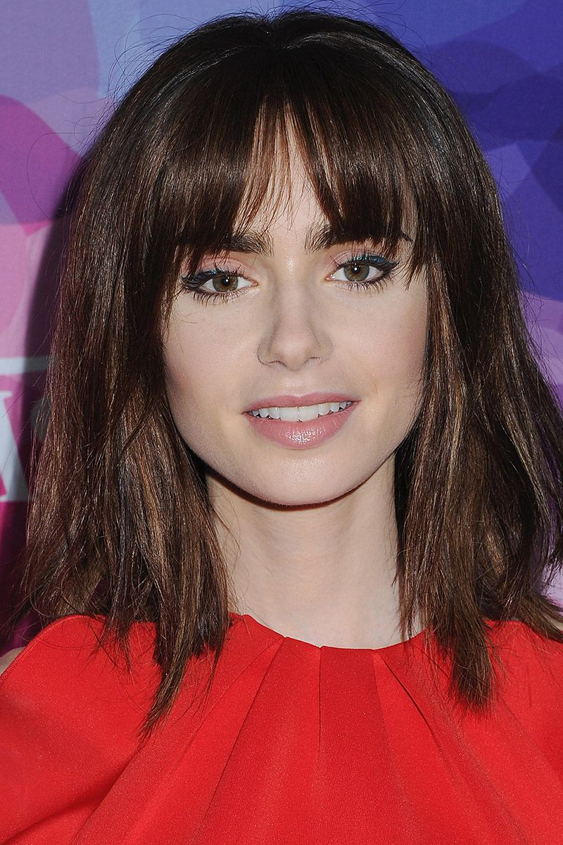40 Best Medium Hairstyles – Celebrities With Shoulder Length Haircuts Throughout Famous Medium Hairstyles With Straight Bangs (View 9 of 20)