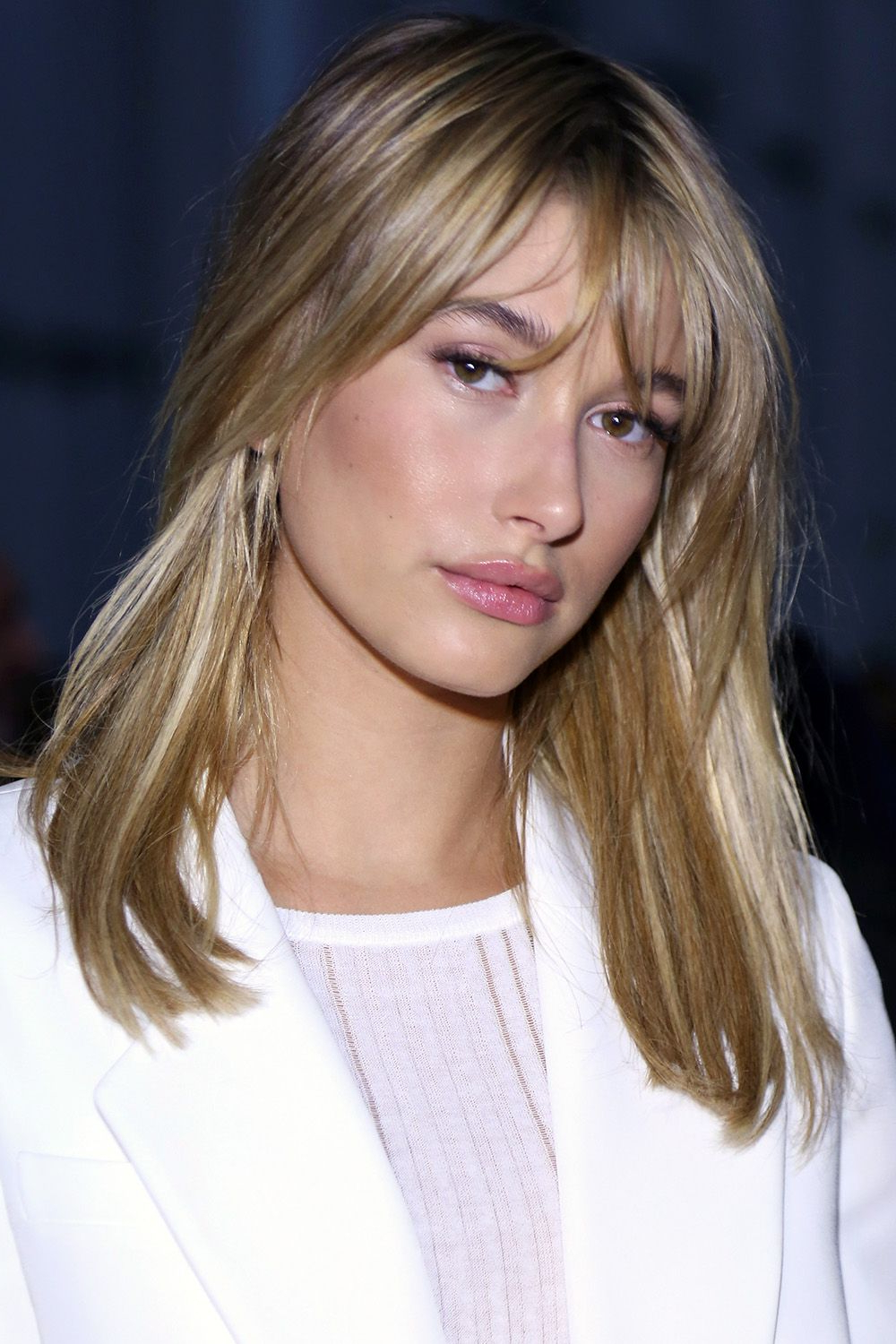 40 Best Medium Hairstyles – Celebrities With Shoulder Length Haircuts With Fashionable Medium Haircuts With Long Fringe (View 2 of 20)