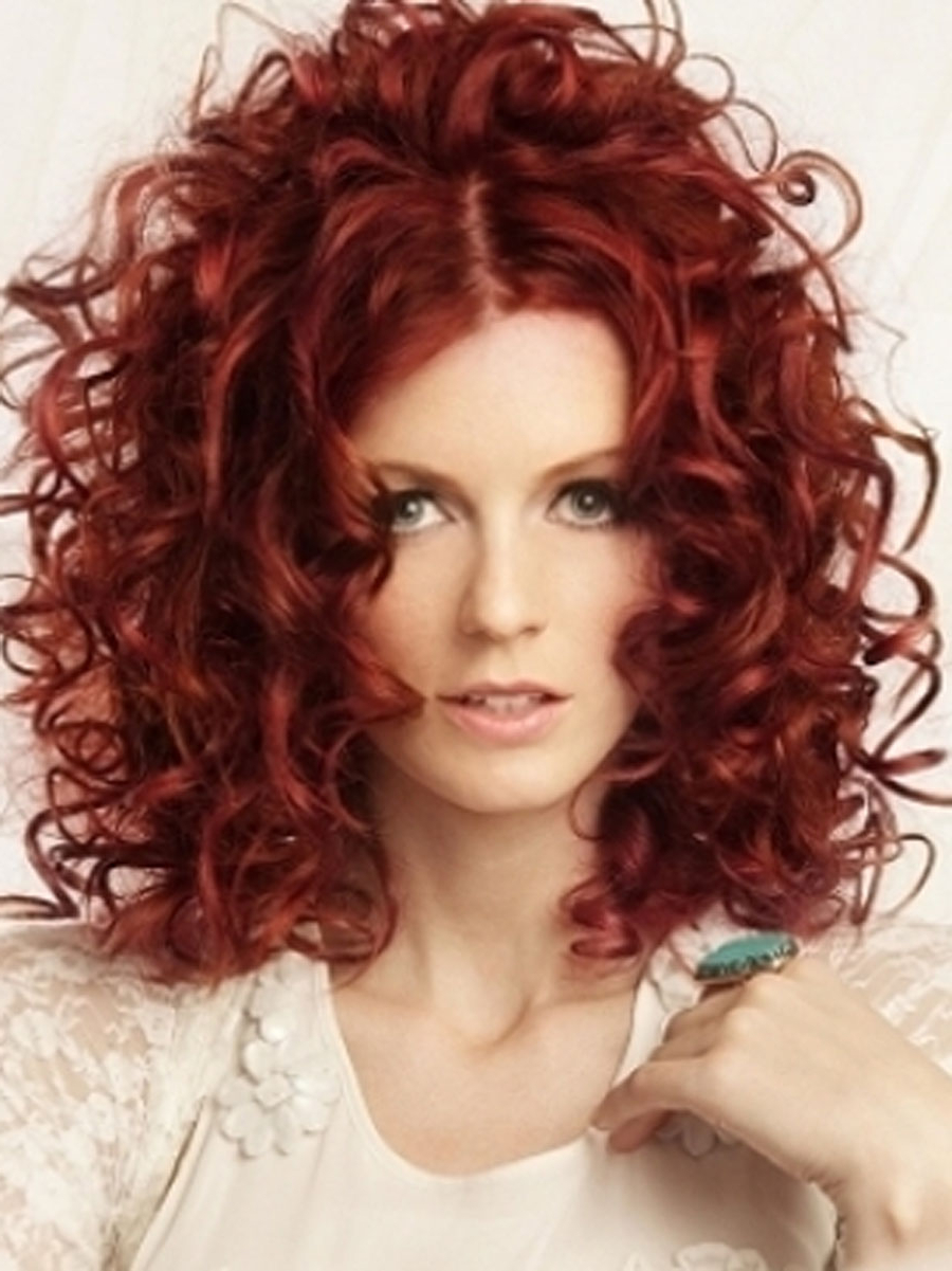 40 Bold & Beautiful Bright Red Hair Color Shades & Hairstyles Inside Fashionable Medium Hairstyles For Red Hair (View 8 of 20)
