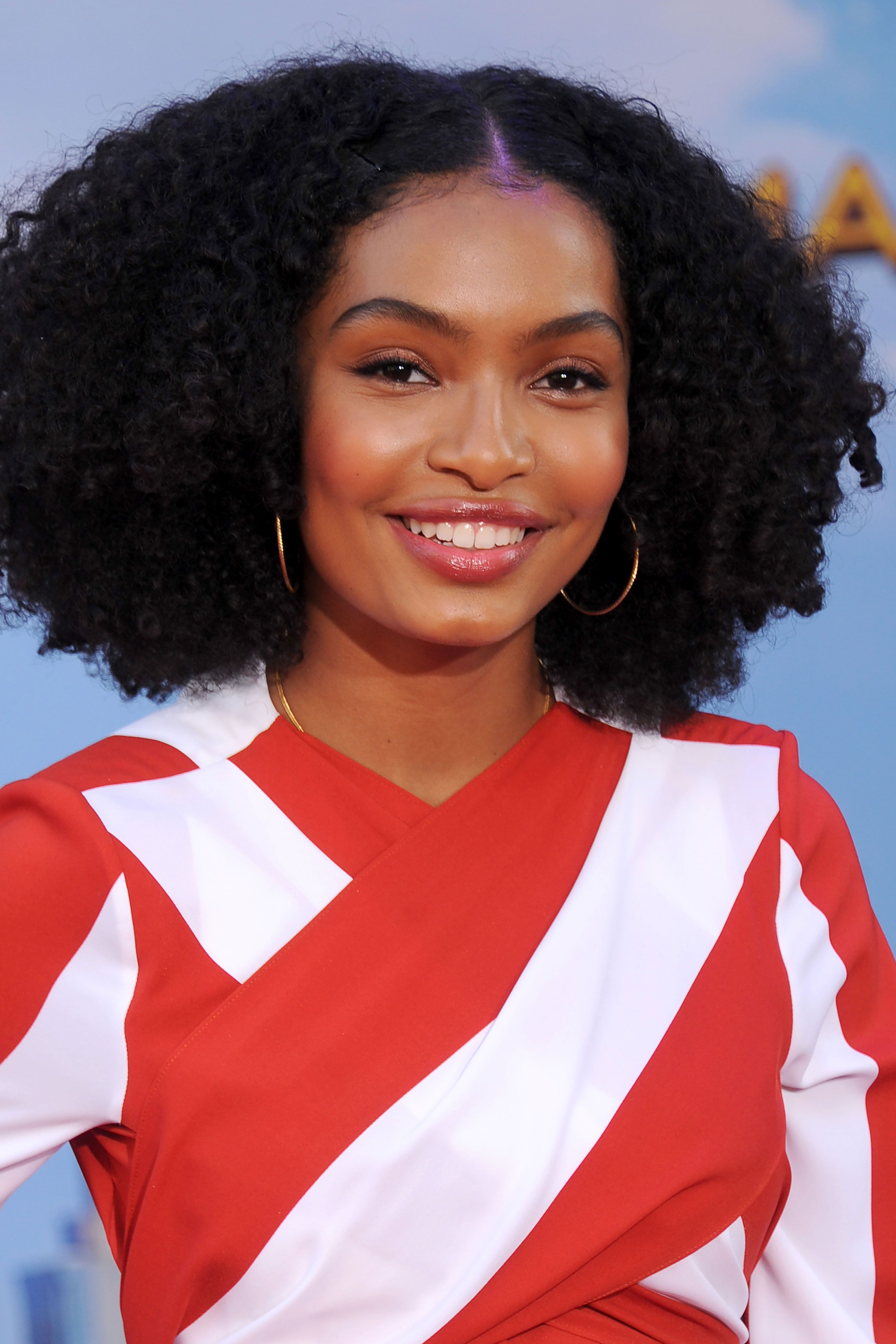 42 Easy Curly Hairstyles – Short, Medium, And Long Haircuts For Regarding Well Known Medium Haircuts For Black Women Round Face (View 16 of 20)