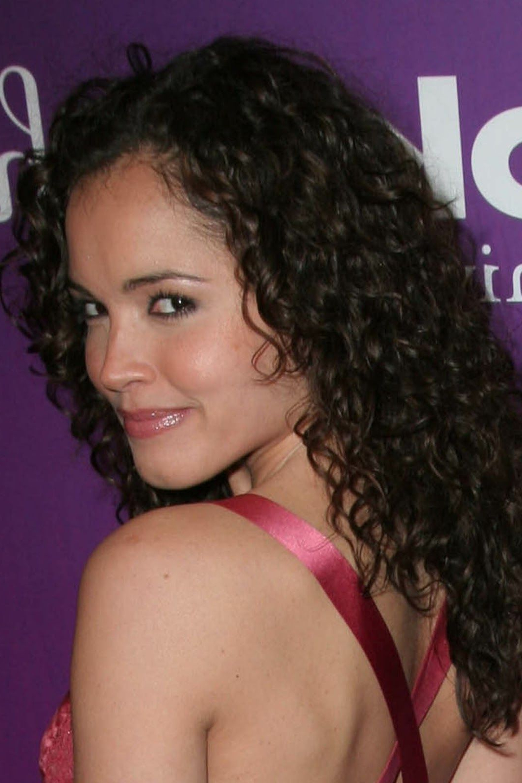 50 Curly Hairstyles To Look Like Miss World (Gallery 8 of 20)