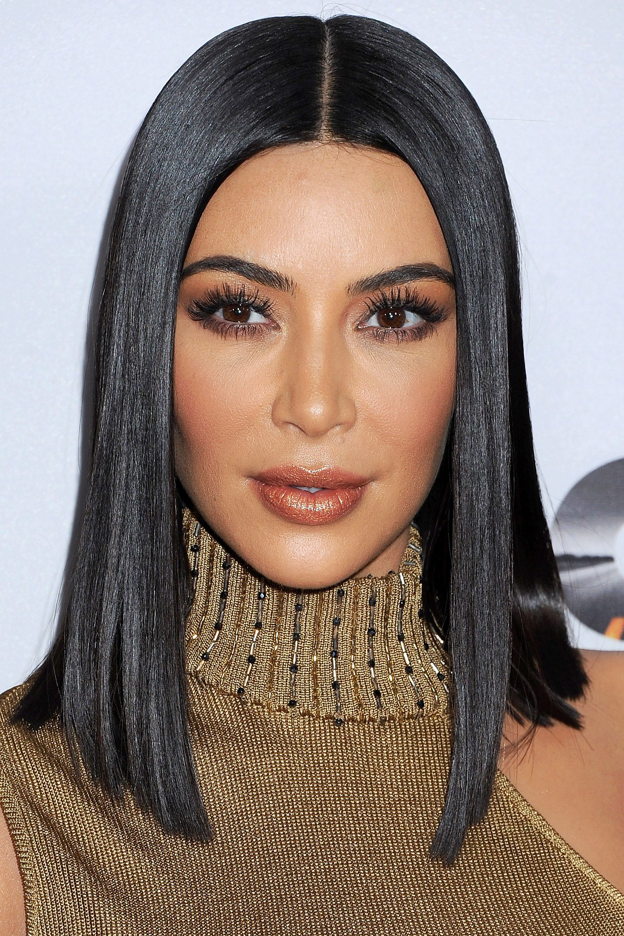 50+ Cute Bob And Lob Haircuts 2018 – Best Celebrity Long Bob Hairstyles Intended For Well Known Kim Kardashian Medium Haircuts (View 2 of 20)