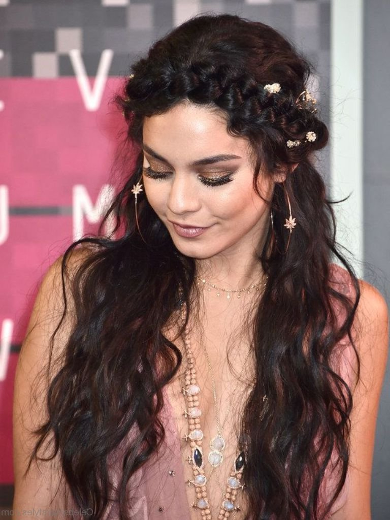 52 Stunning Hairstyles Of Vanessa Hudgens With Regard To Widely Used Vanessa Hudgens Medium Hairstyles (View 2 of 20)