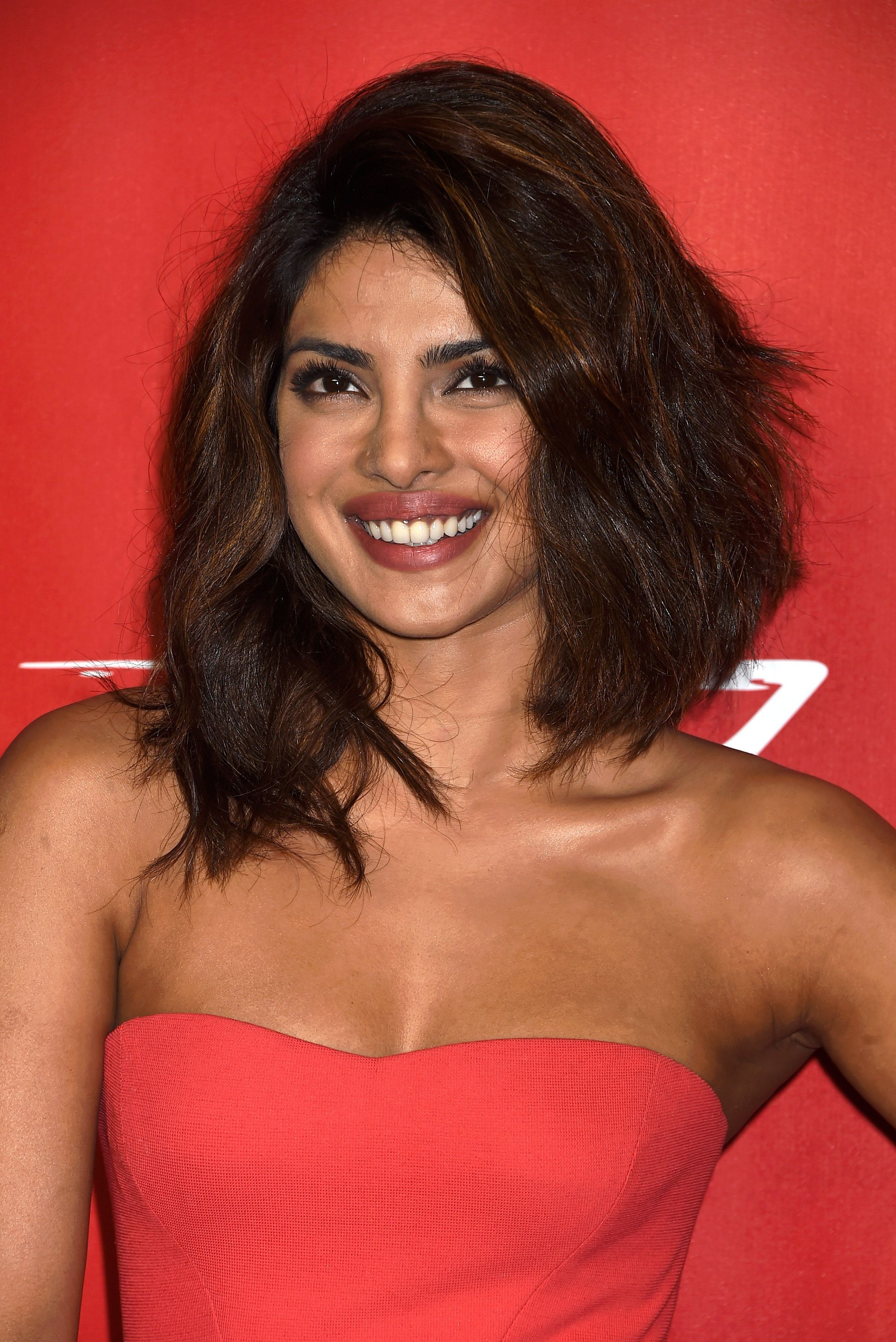 60 Best Lob Haircut Ideas Of 2018 – Best Long Bob Haircut And Within Well Liked Medium Haircuts For Thick Frizzy Hair (View 8 of 20)