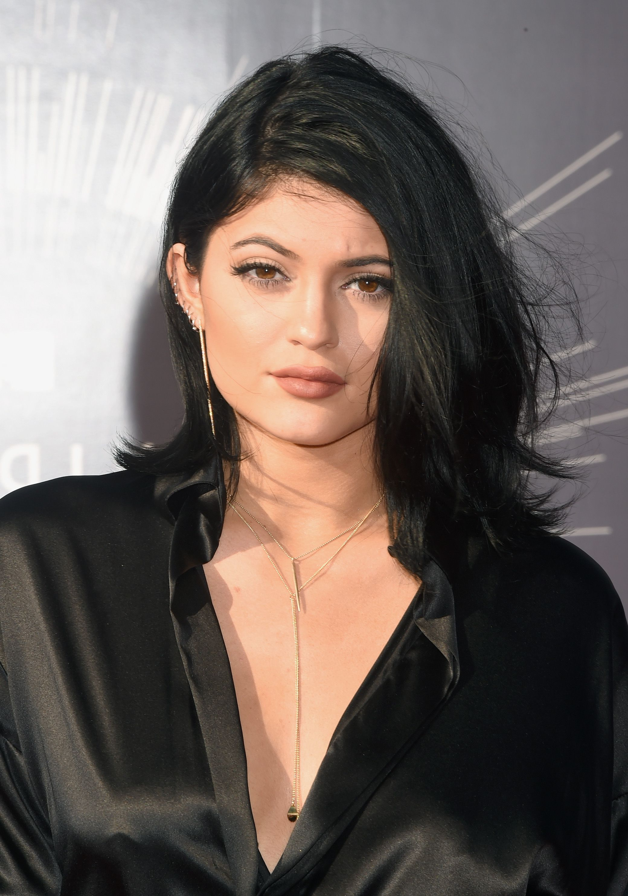 60 Best Medium Hairstyles And Shoulder Length Haircuts Of 2018 In Most Current Feminine Medium Haircuts (Gallery 13 of 20)