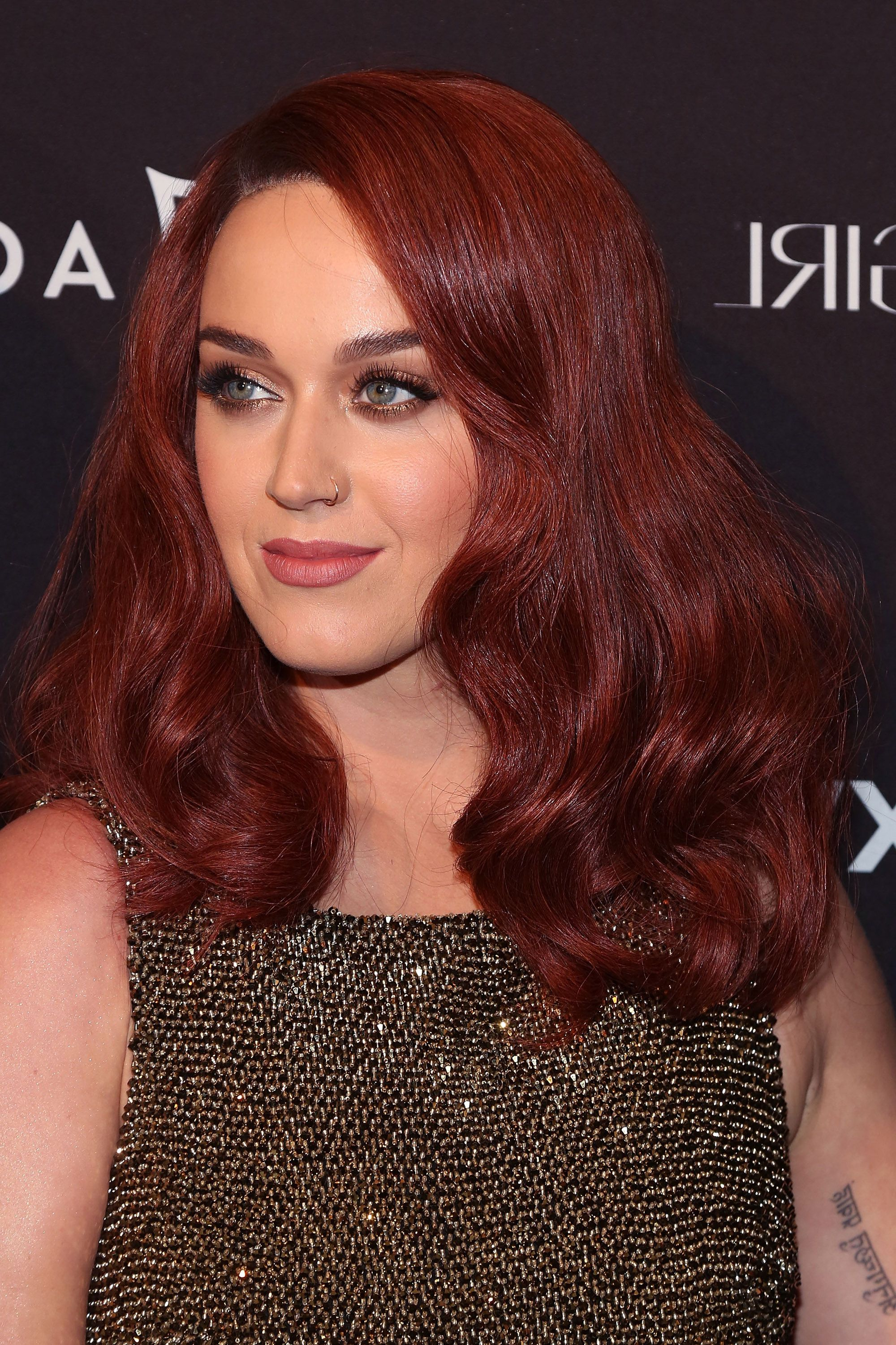 60 Best Medium Hairstyles And Shoulder Length Haircuts Of 2018 Throughout Recent Medium Haircuts With Red Hair (View 17 of 20)