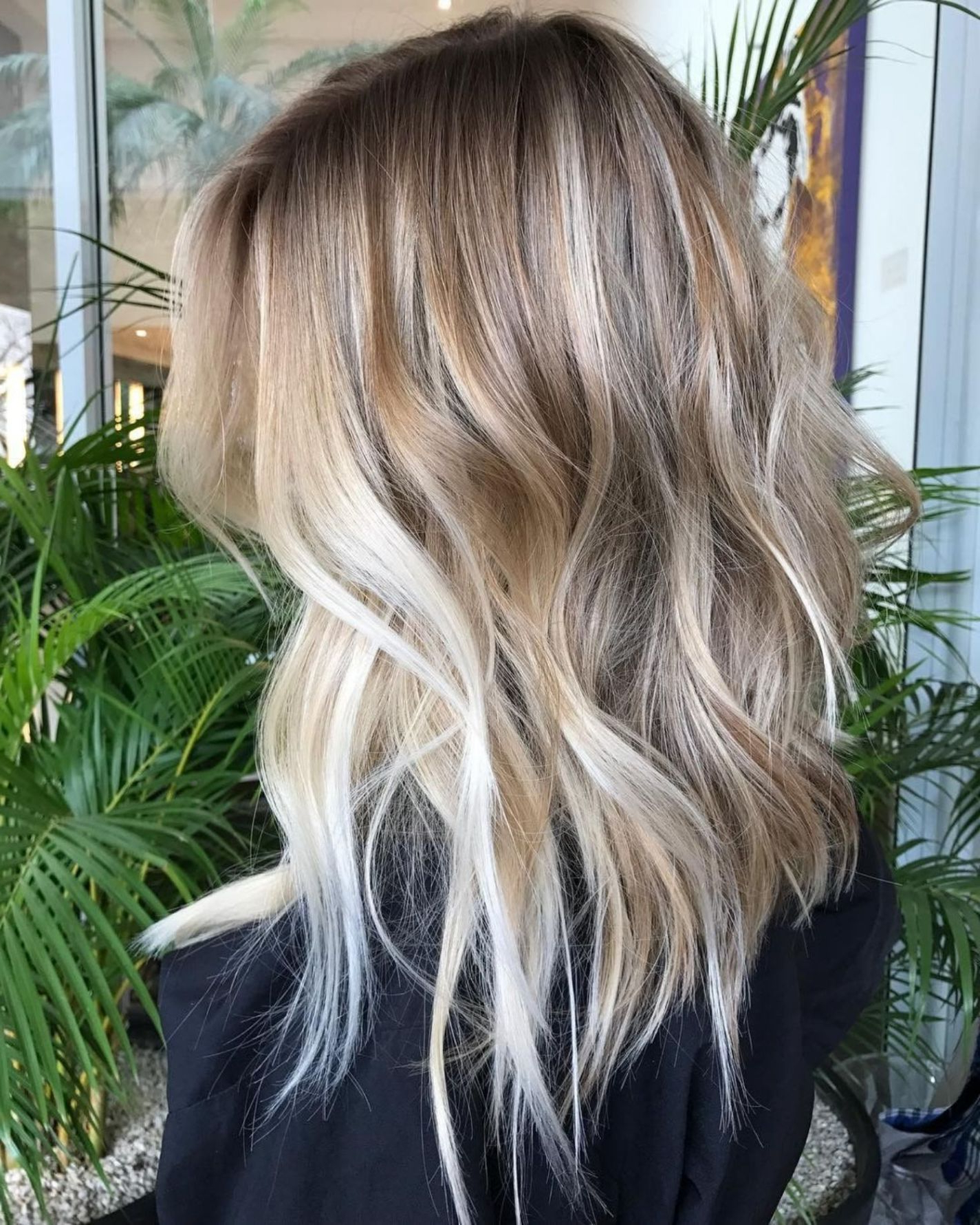 60 Fun And Flattering Medium Hairstyles For Women In  (View 8 of 20)