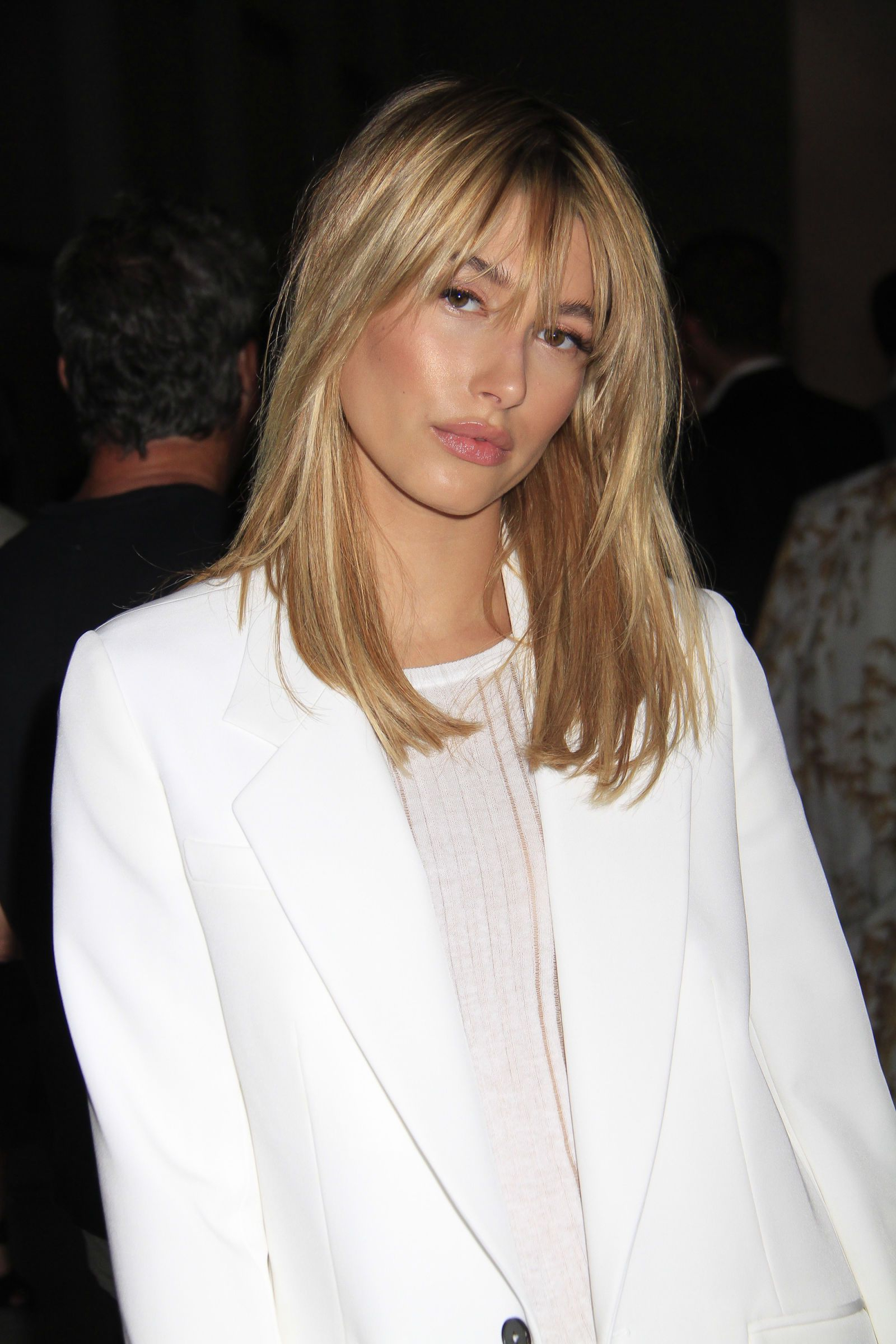 60 Medium Length Hairstyles To Steal From Celebs (View 7 of 20)