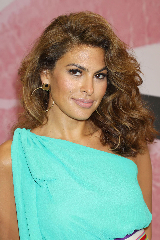 62 Gorgeous Medium Hairstyles – Best Mid Length Haircut Ideas Regarding Preferred Julianne Hough Medium Hairstyles (View 11 of 20)